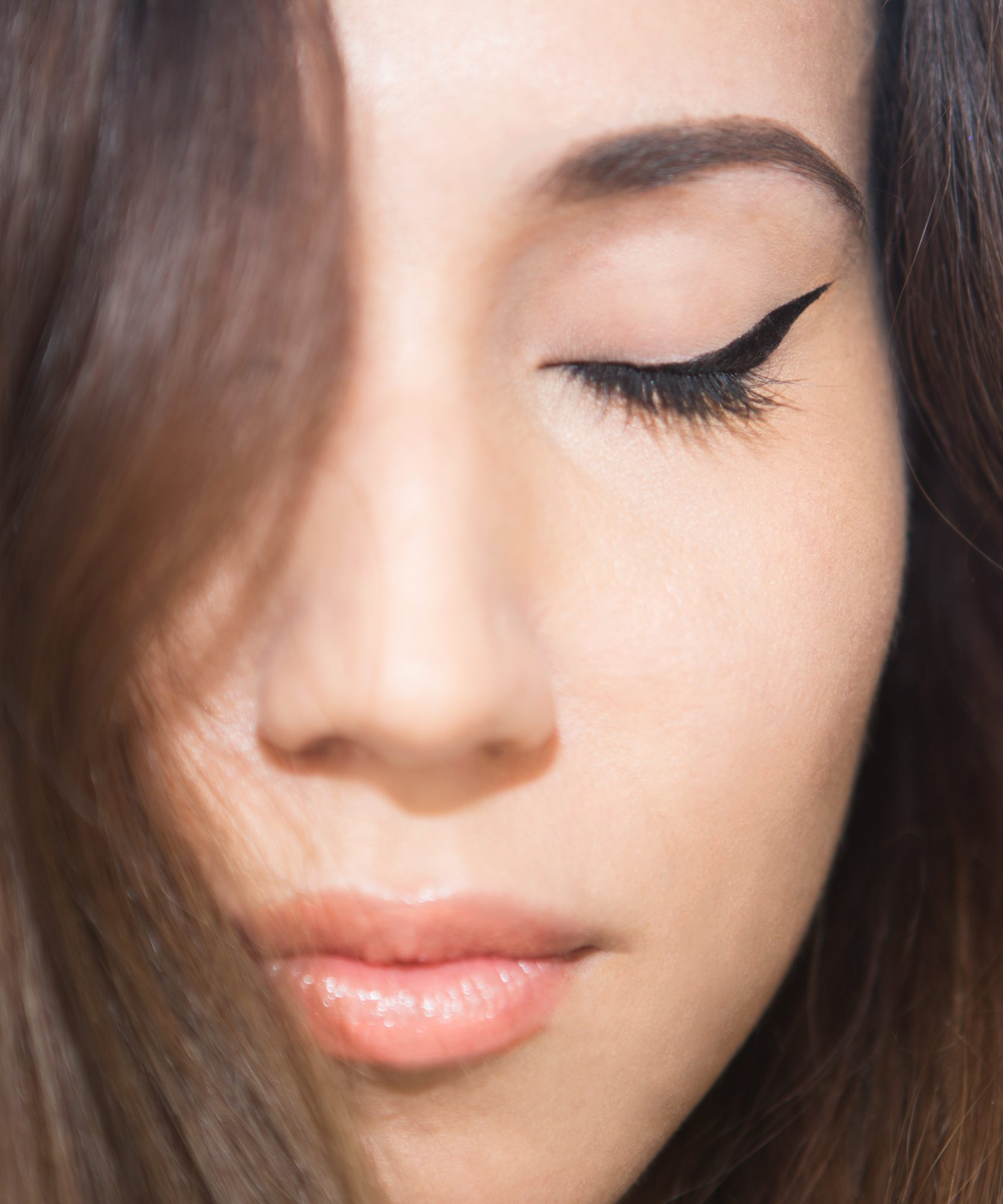 Cat Eye How-To LEAD