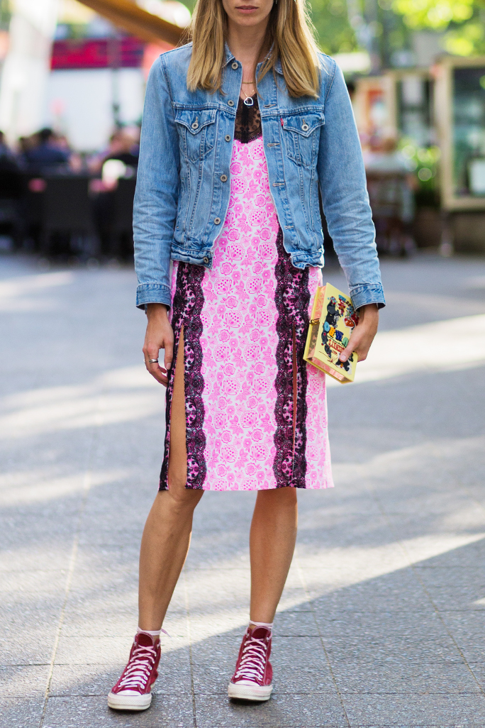 How To Wear Converse Sneakers 20 Different Ways Instyle Com