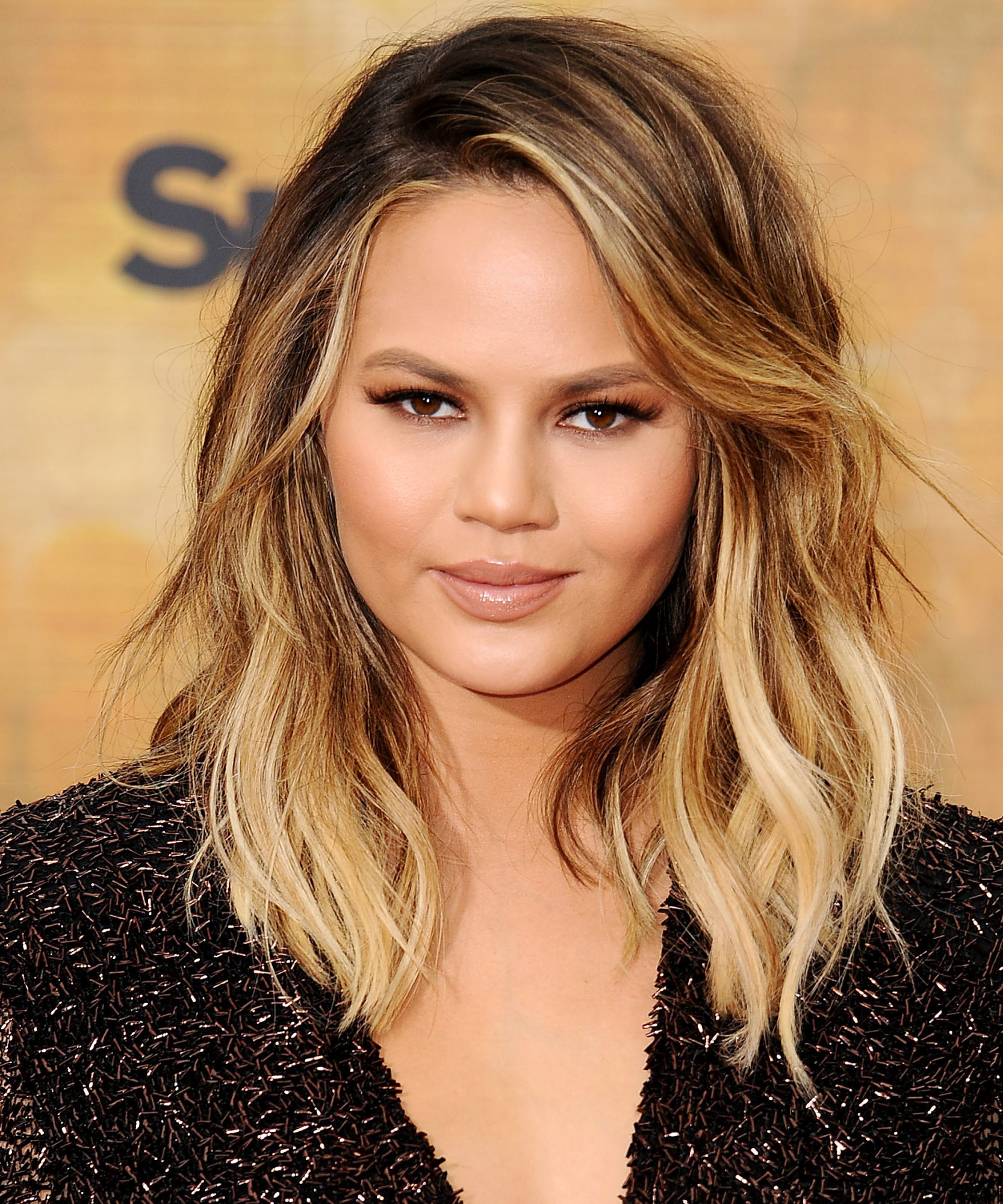Chrissy Teigen's Sci-fi Braid Is All of The Hair Inspo