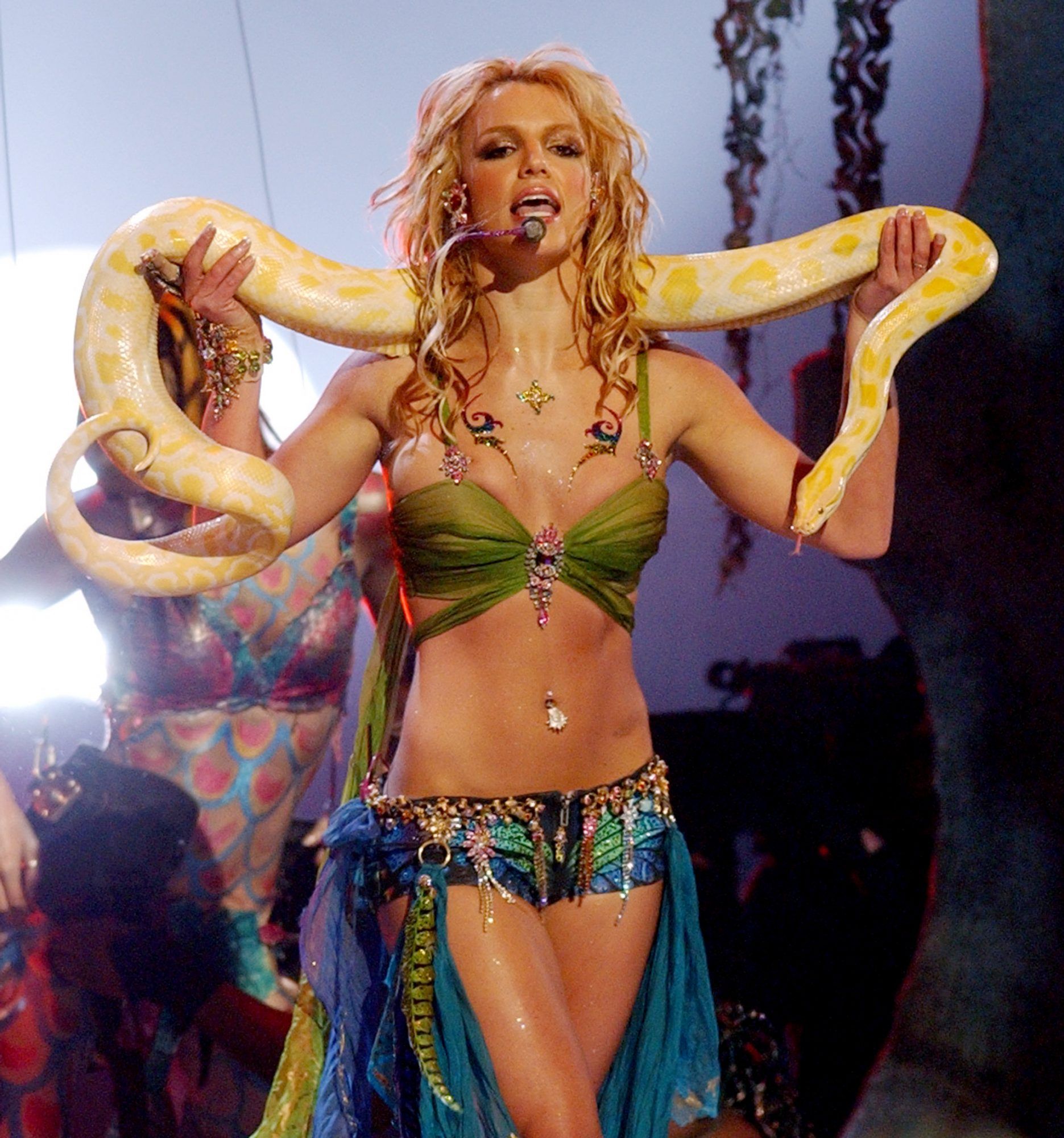 <p>MTV Video Music Awards, 2001</p>
