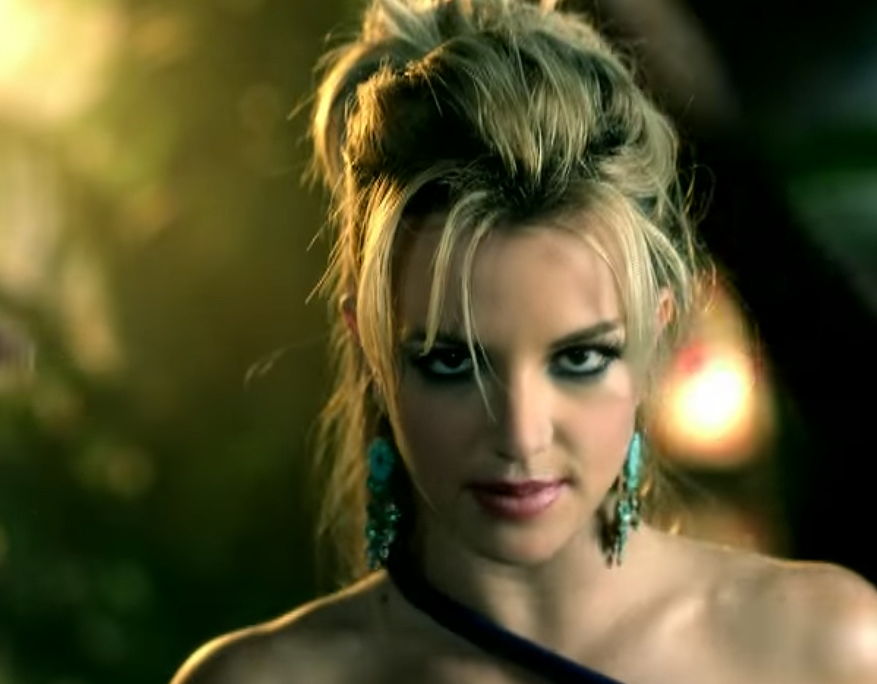 "<p>The Toussled Updo From ""Boys"" </p>"