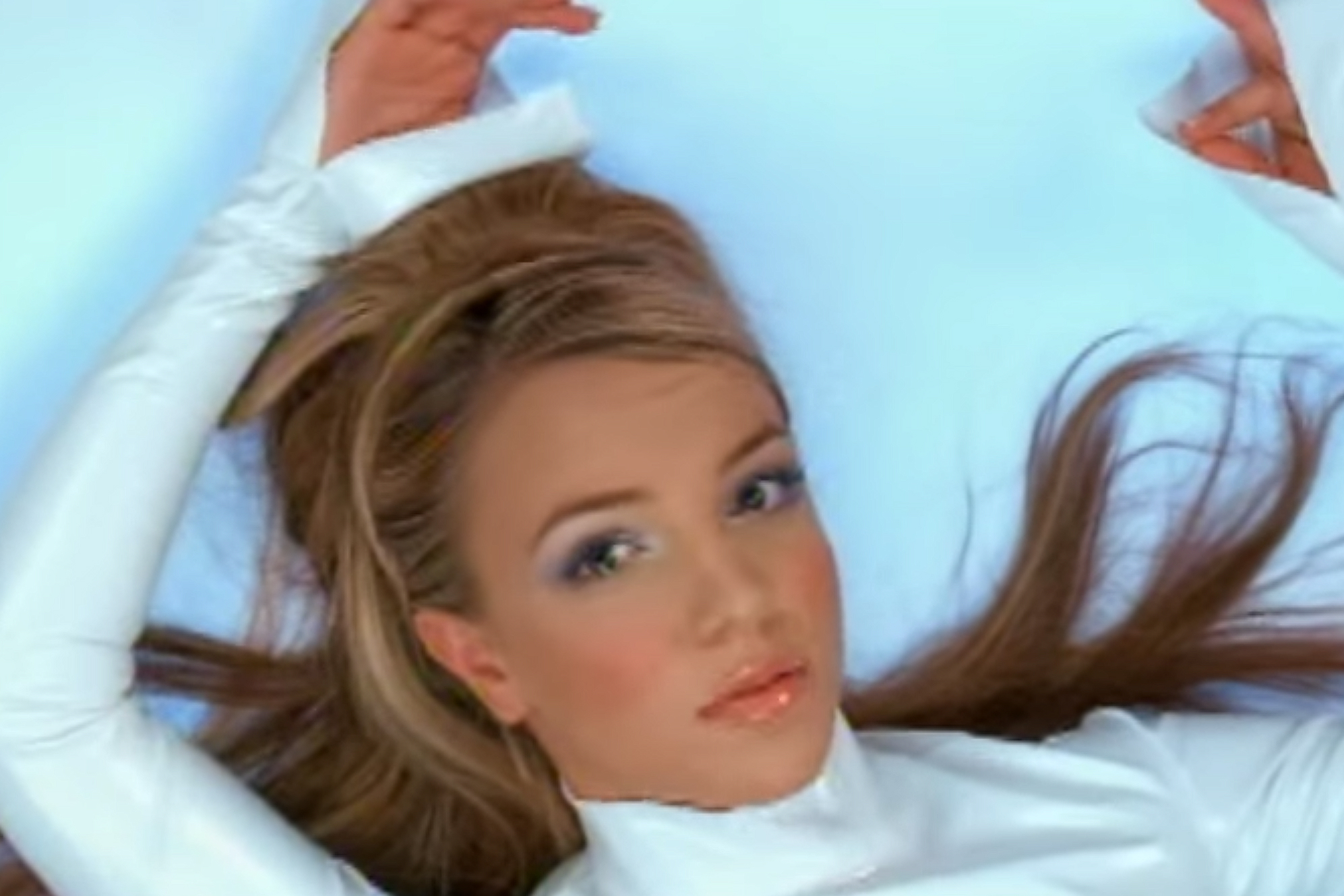 "<p>Big Hair And White Smoky Eyes From ""Oops!...I Did It Again"" </p>"