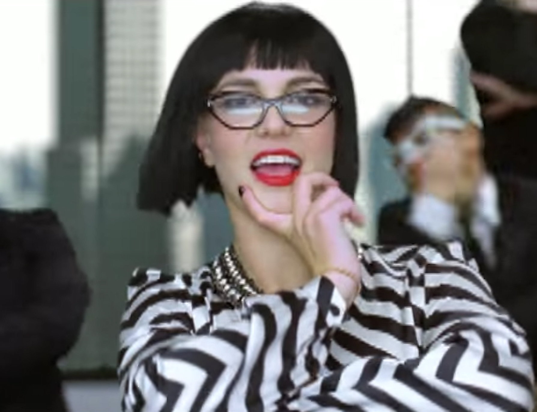 "<p>The Black Bob Wig And Red Lip From ""Womanizer"" </p>"