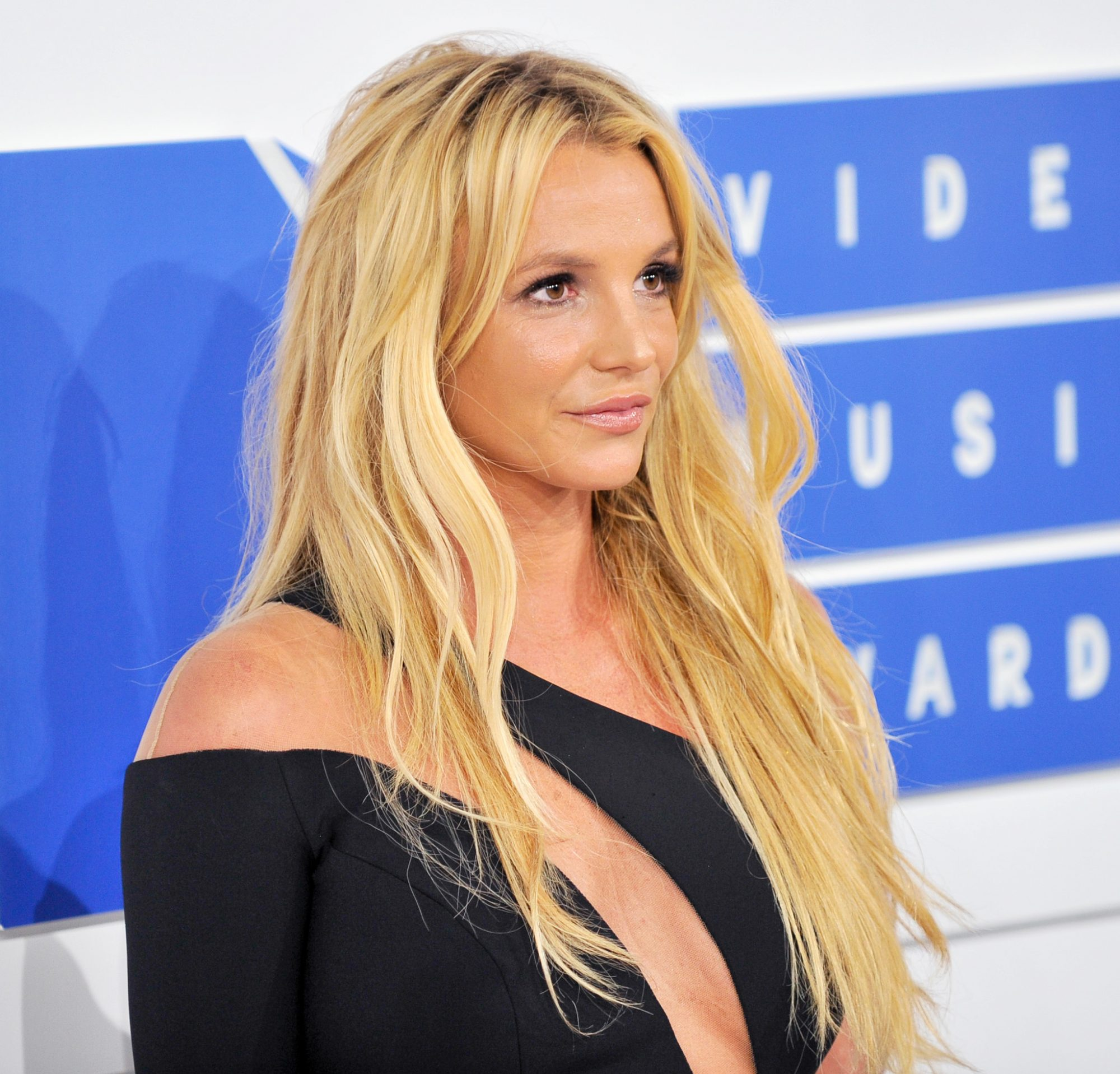 "Britney Spears Shares a 'Gram of Her ""Genius"" Son's Impressive Drawing"