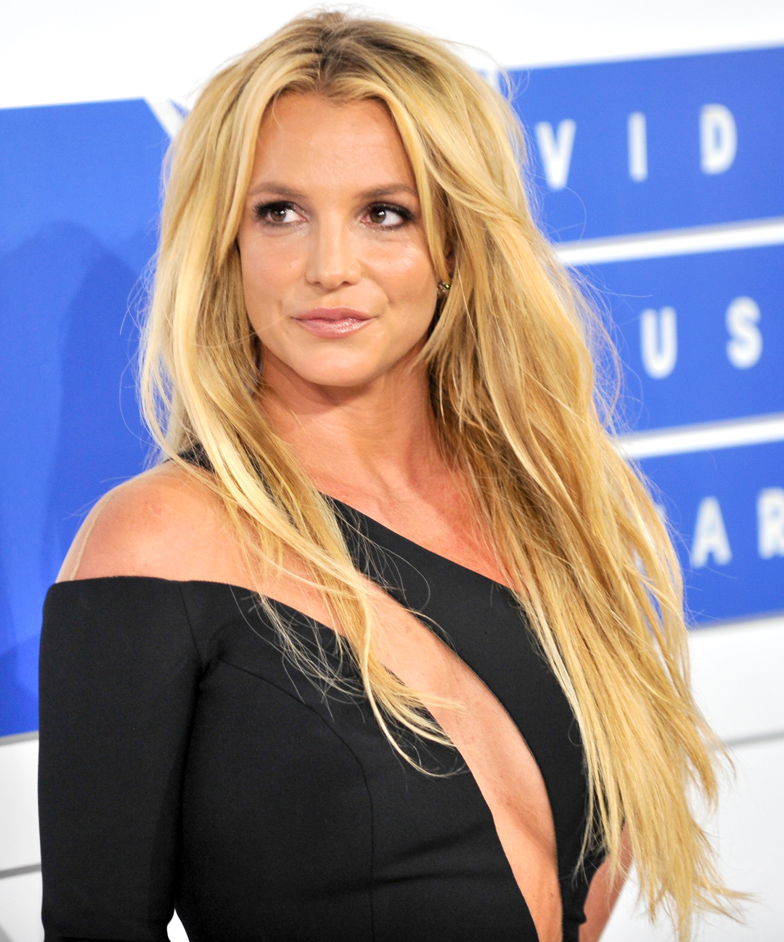 Britney Spears LEAD