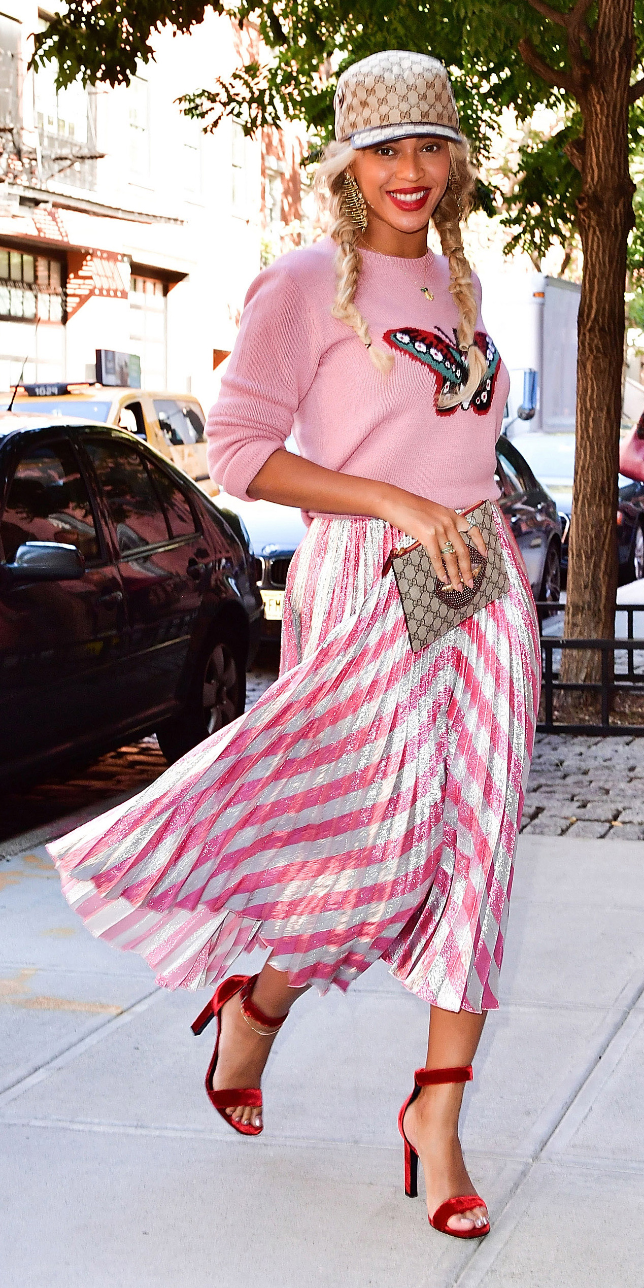 Beyoncé Makes a Powerful Pink Statement in Head-to-Toe Gucci