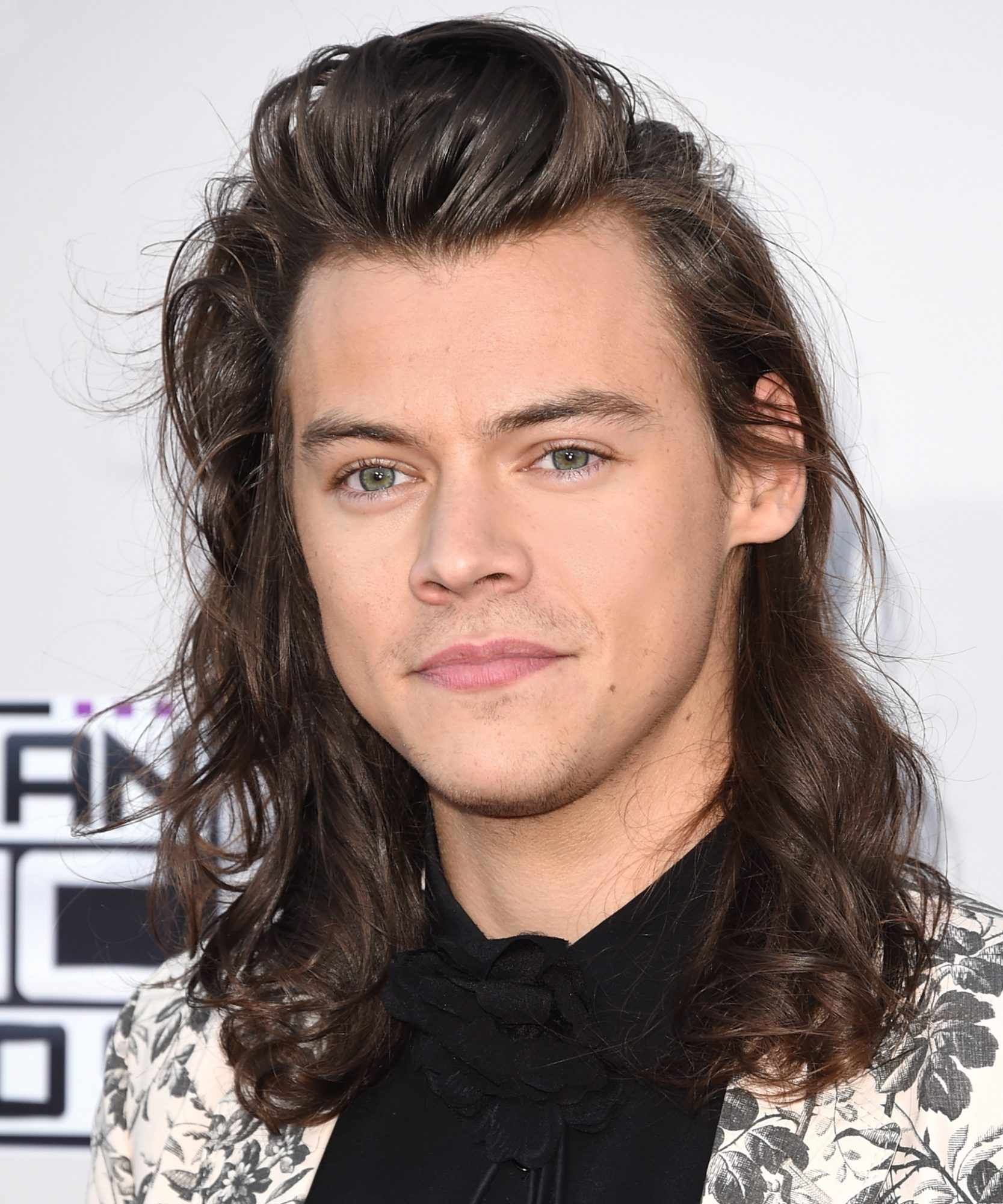 Harry Styles Wears Black Nail Polish and Now We're All Getting Manis, Too