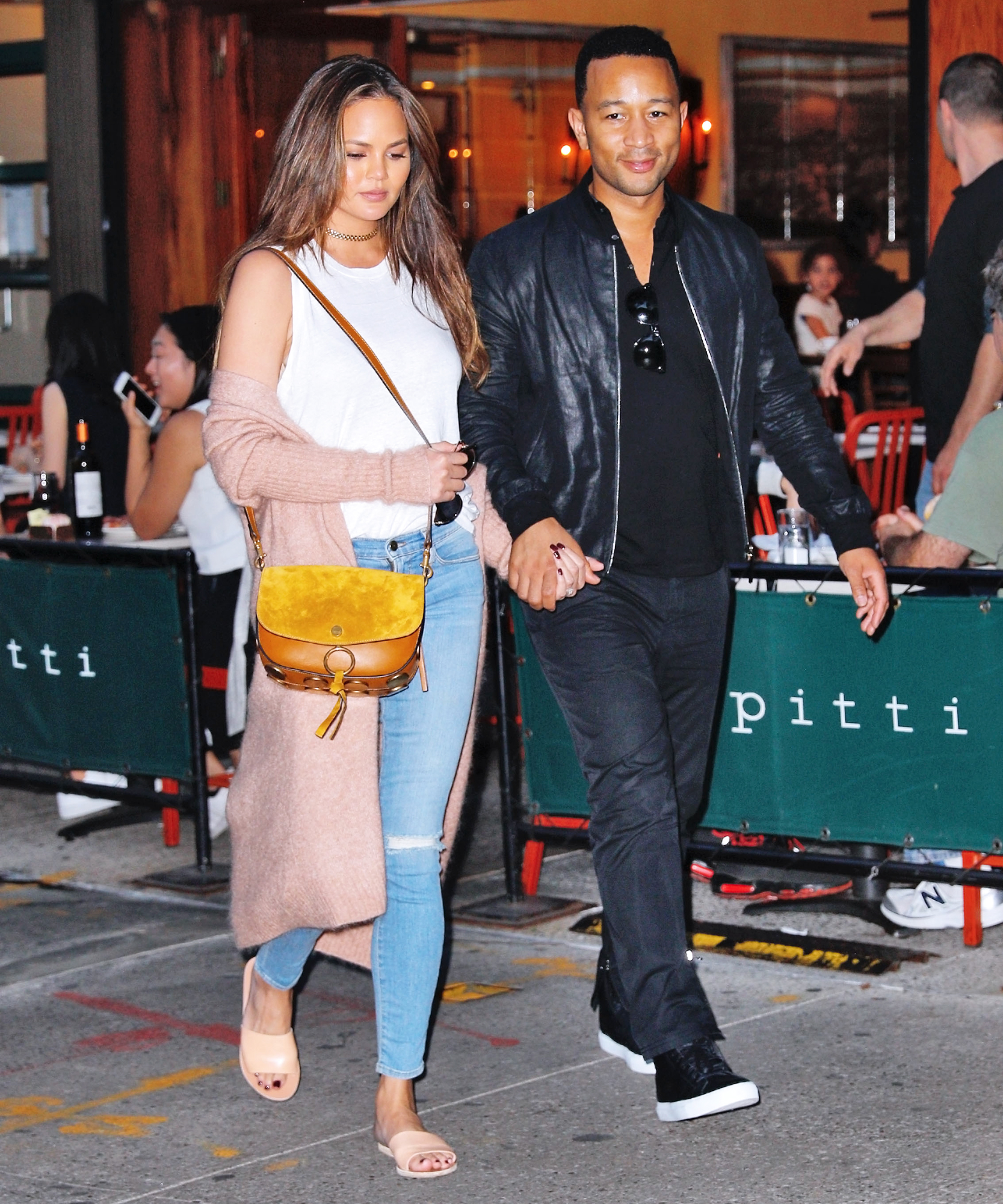 #RelationshipGoals Alert: Chrissy Teigen and John Legend Go on a Date in N.Y.C.