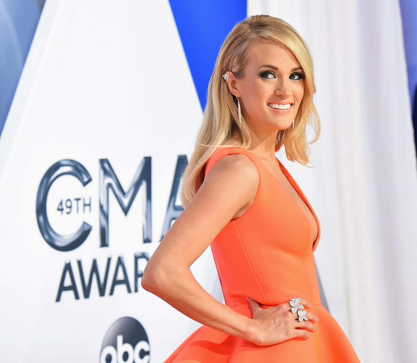 NASHVILLE, TN - NOVEMBER 04:  Singer Carrie Underwood attends the 49th annual CMA Awards at the Bridgestone Arena on November 4, 2015 in Nashville, Tennessee.  (Photo by Michael Loccisano/Getty Images)