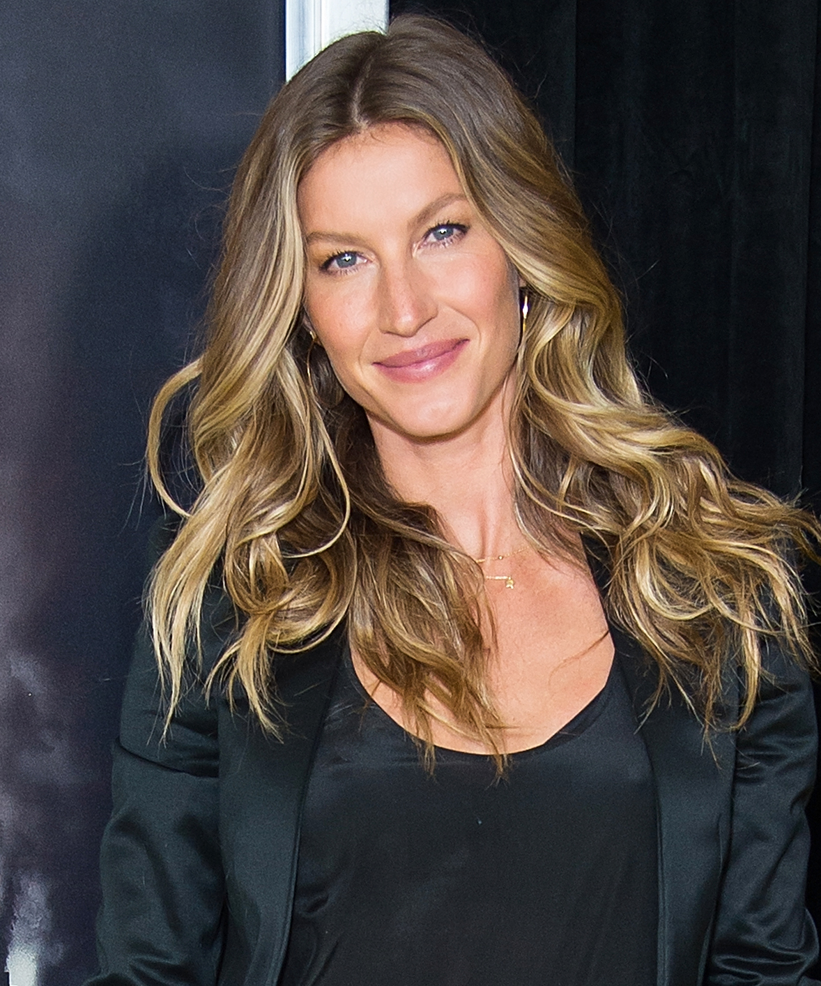 Gisele Bundchen Reveals Recipes that Maintain Her Figure ... Gisele Bundchen