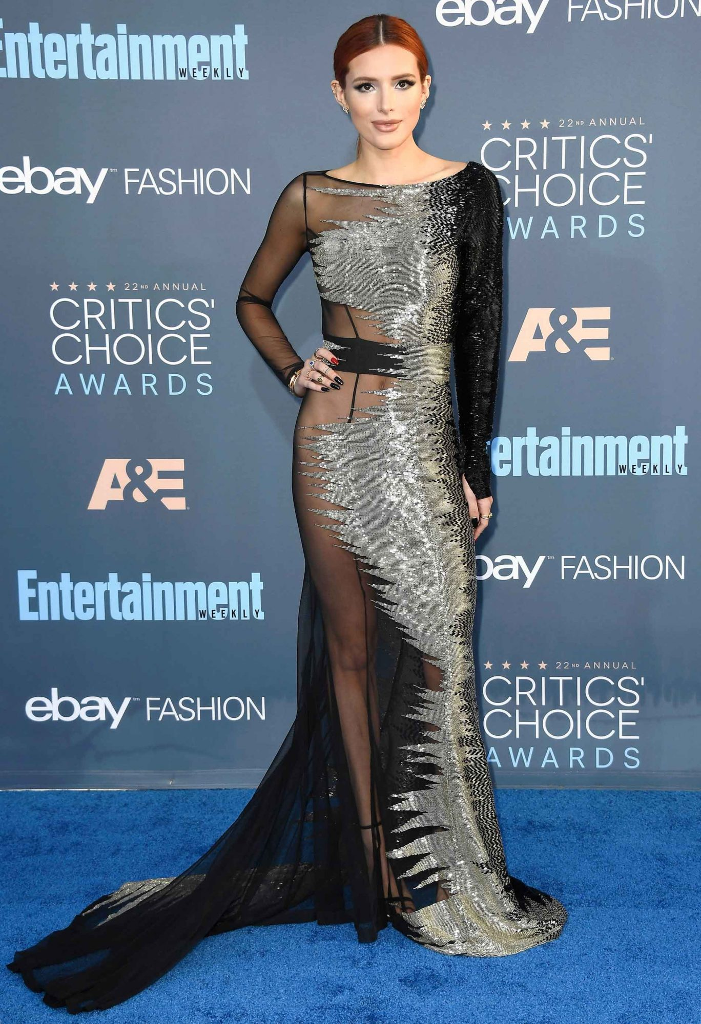 Critics Choice Awards >> Bella Thorne Wins Sexiest Dress Award At The Critics Choice