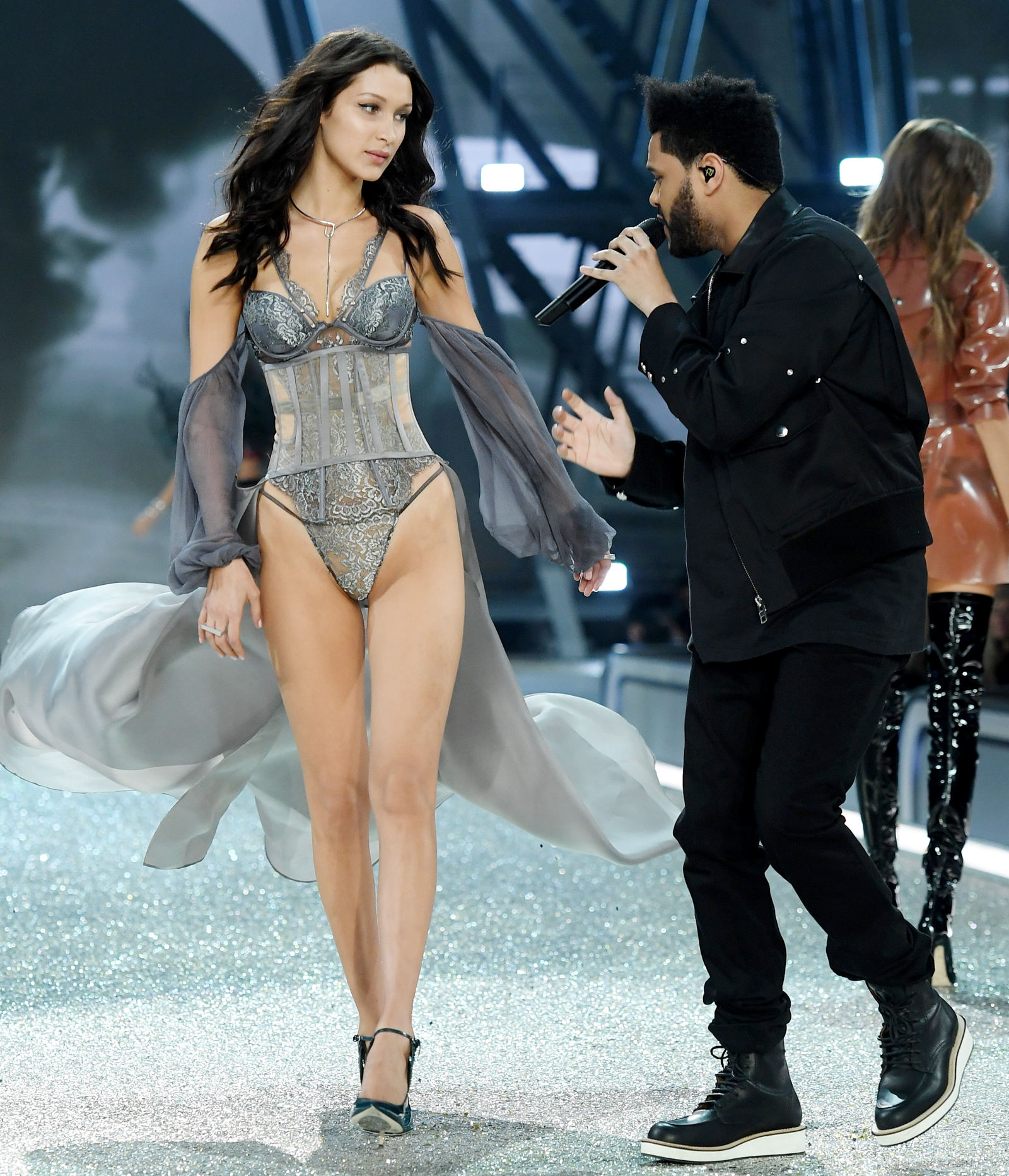 <p>Bella Hadid Becomes Ex-GF Goals?</p>