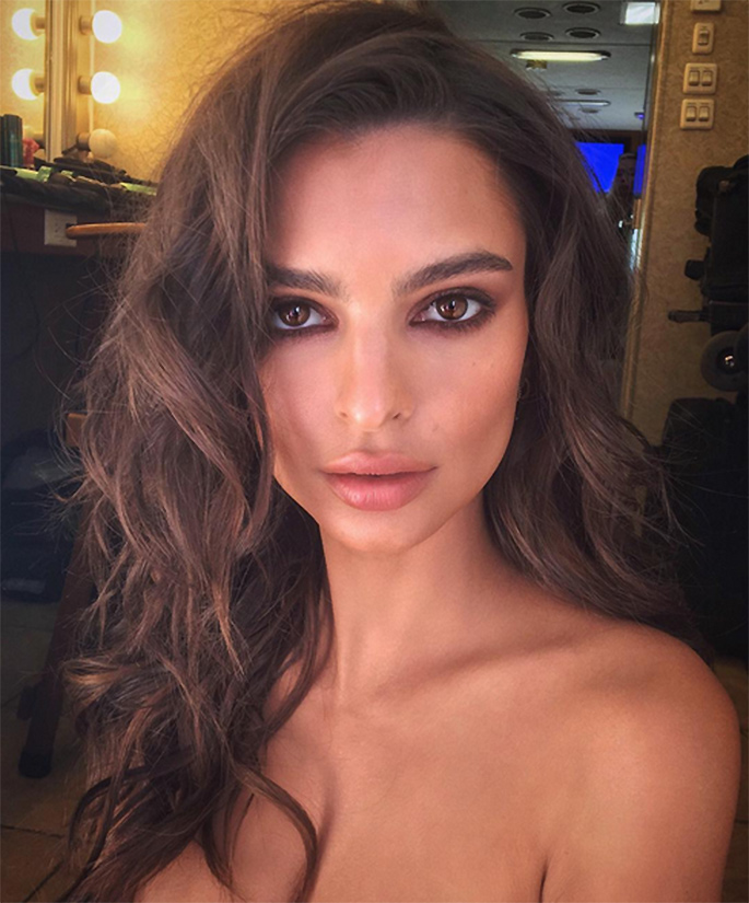 Emily Ratajkowski Continues to Take Over Instagram, One Belfie at a Time