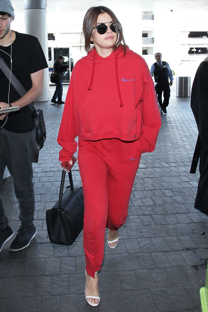 Airport Athleisure Selena Gomez - SS Gall