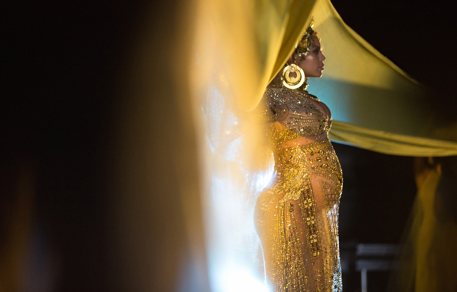 Beyoncé's Grammy BTS Shots Are (Almost) as Good as Her Performance
