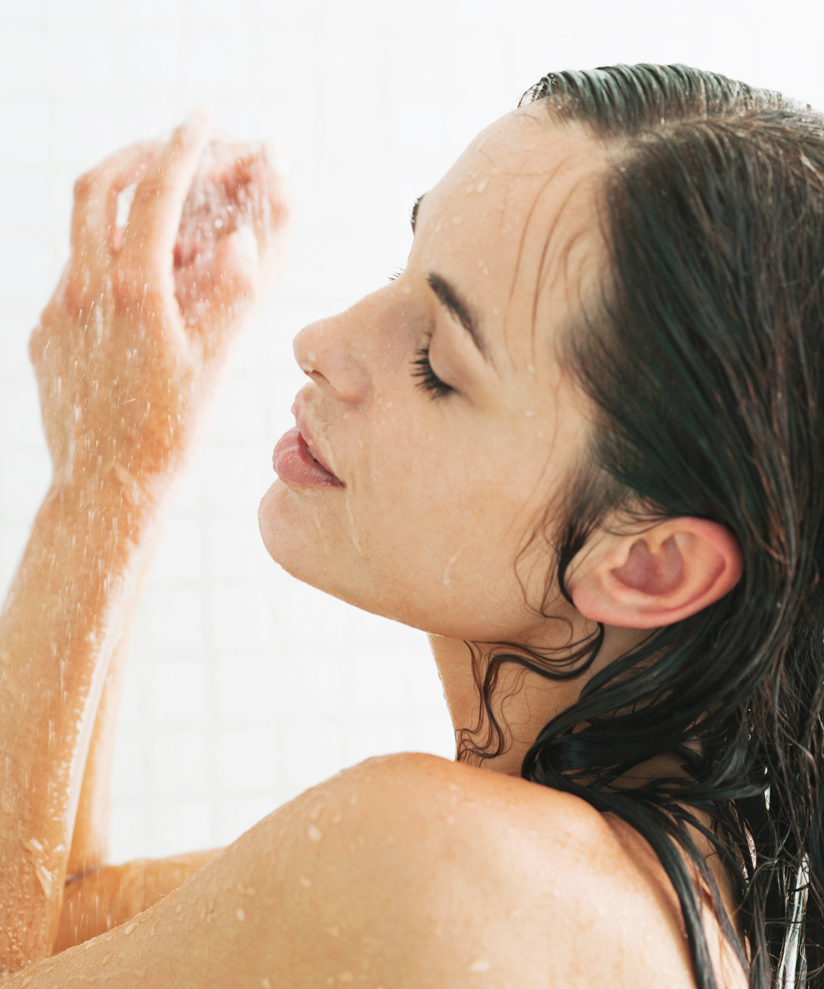 How Showering at Night Helps You Sleep