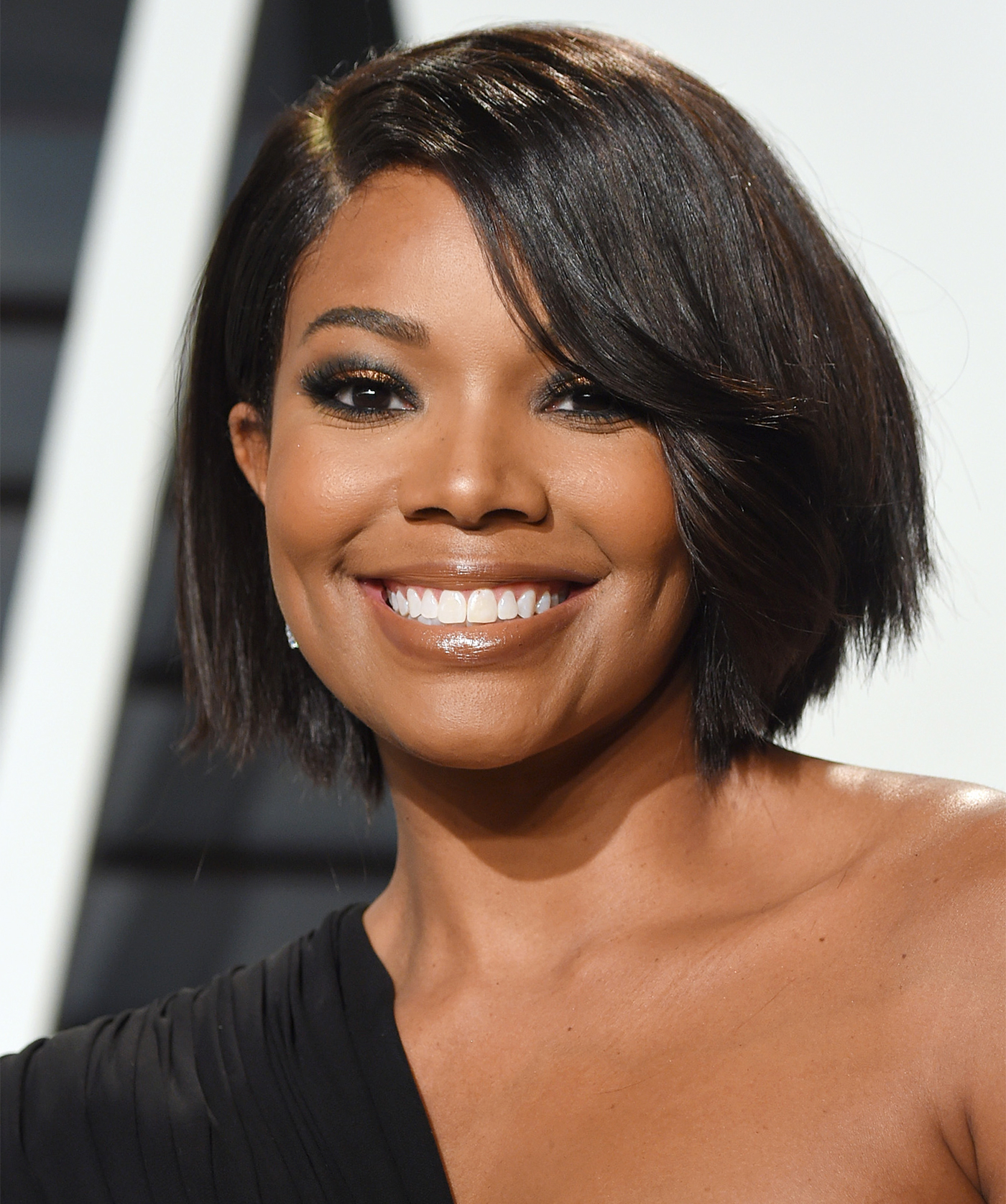 Gabrielle Union Just Chopped Her Hair Into The Bob We All Want Instyle Com