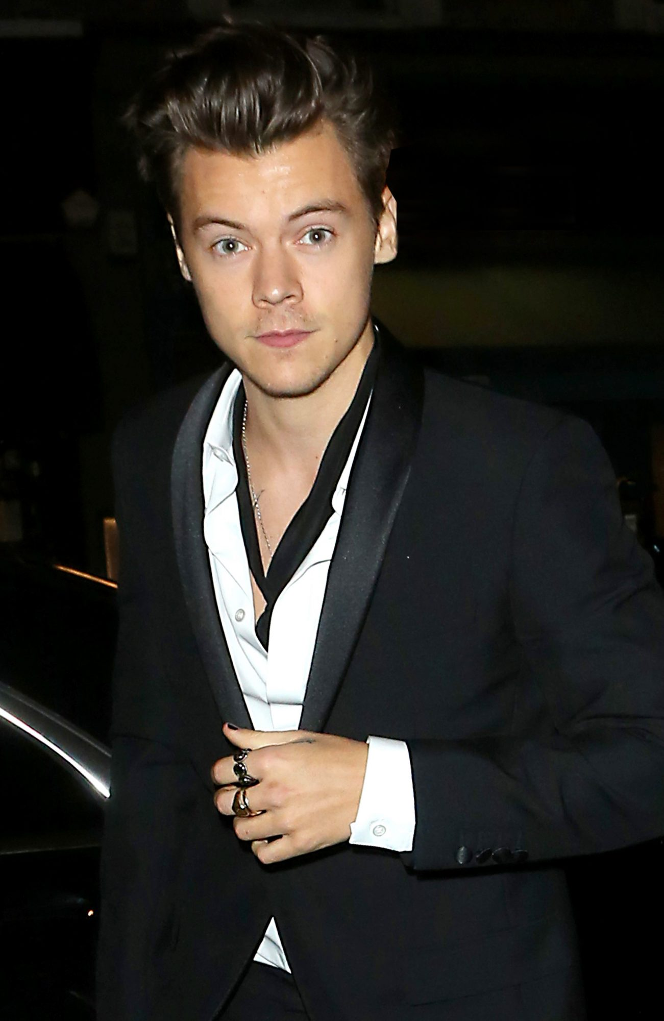 Harry Styles Has Sworn Off Googling His Dates