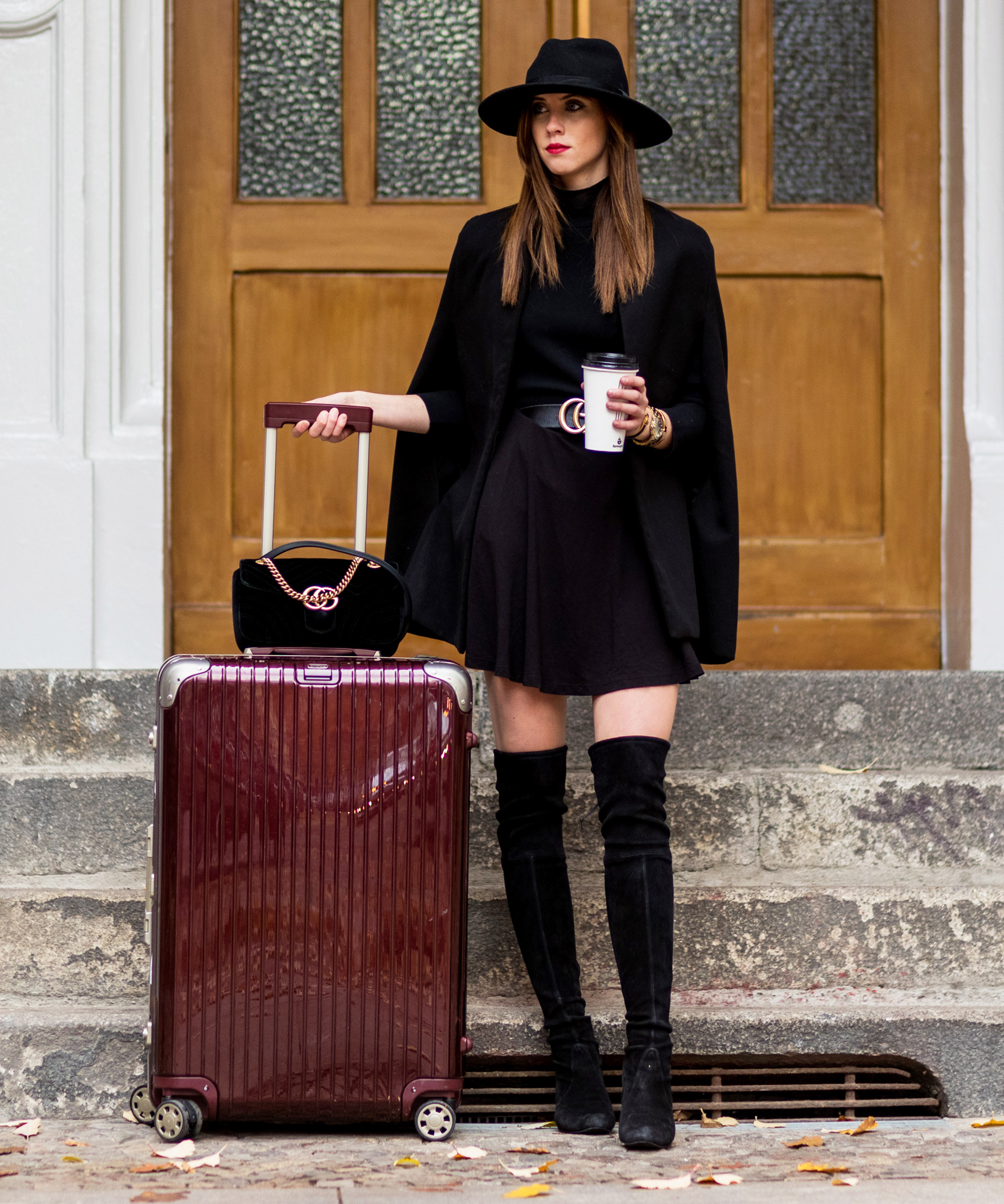 Chic Suitcases - Lead 2017