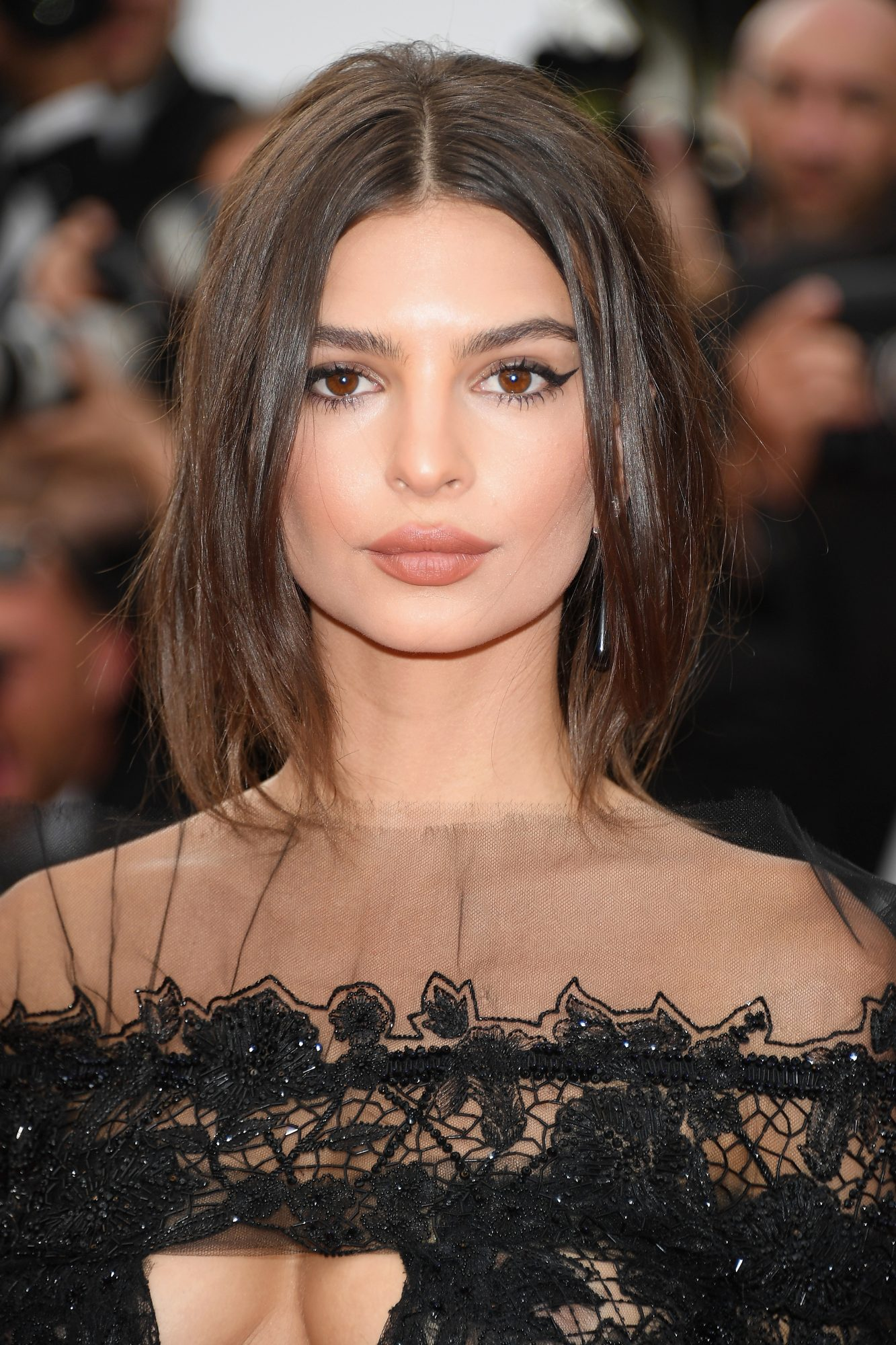 Emily Ratajkowski S Lace Jumpsuit At Cannes Instyle Co Uk
