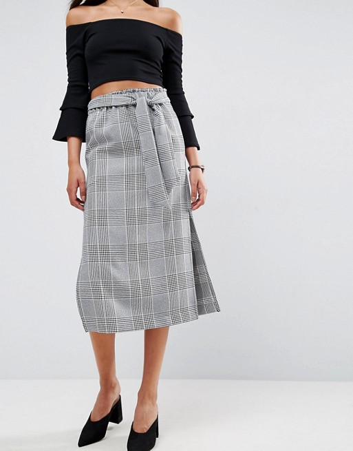 <p>Check Paperbag Column Skirt</p>