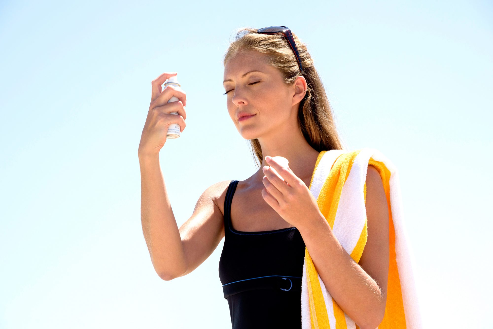 5 Sunscreens You Can Apply Without Touching Your Face