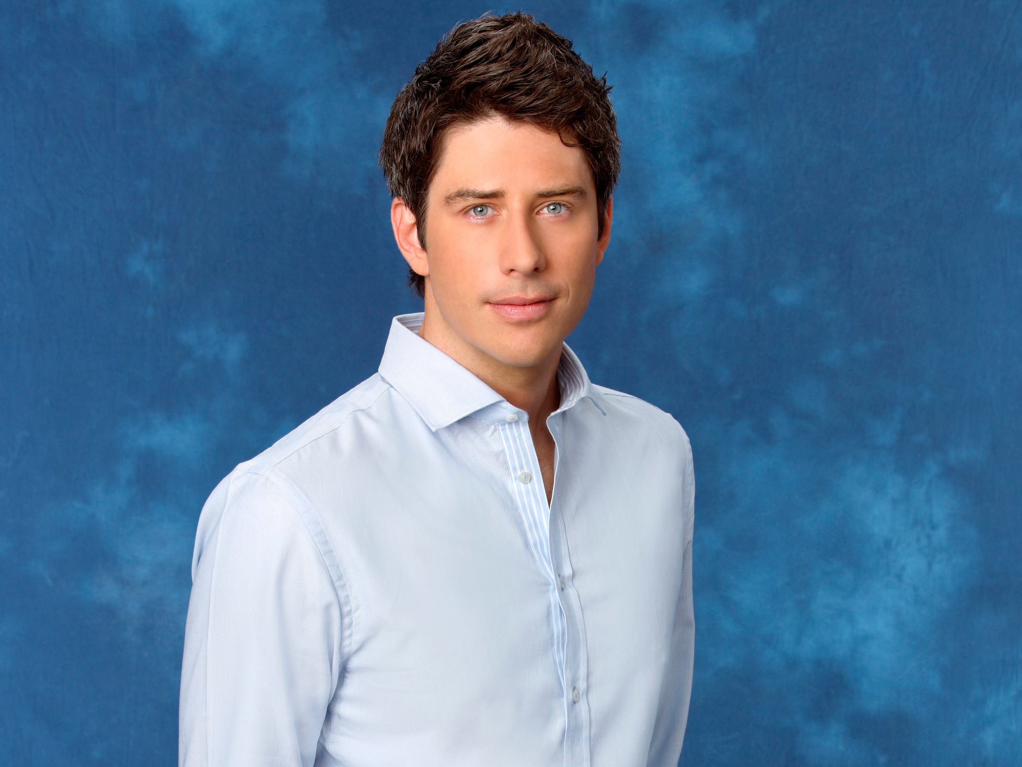 The <em>Bachelor</em> Stars Have Mixed Reactions to Arie Luyendyk Jr.'s Casting