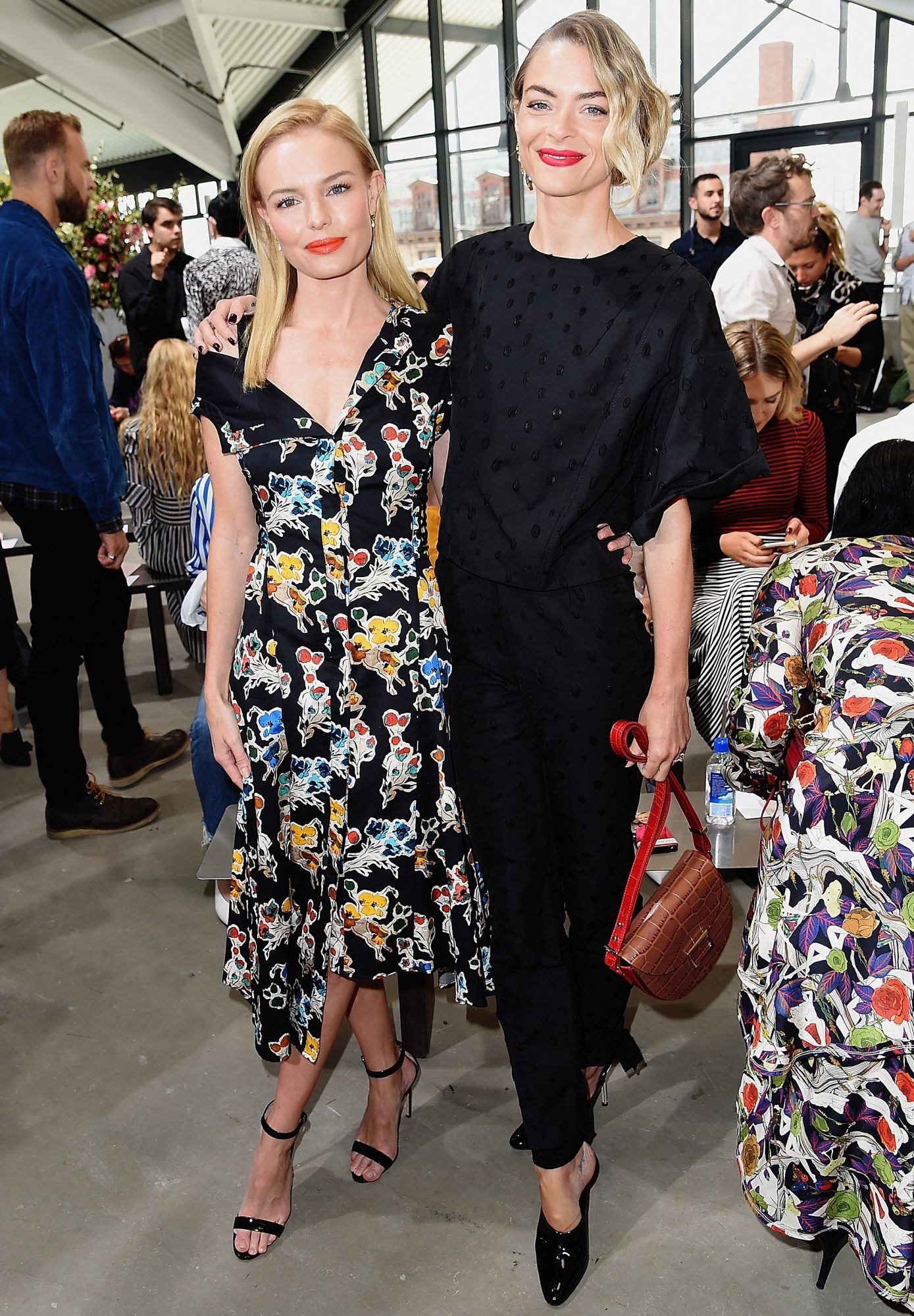 <p>Kate Bosworth and Jaime King</p>