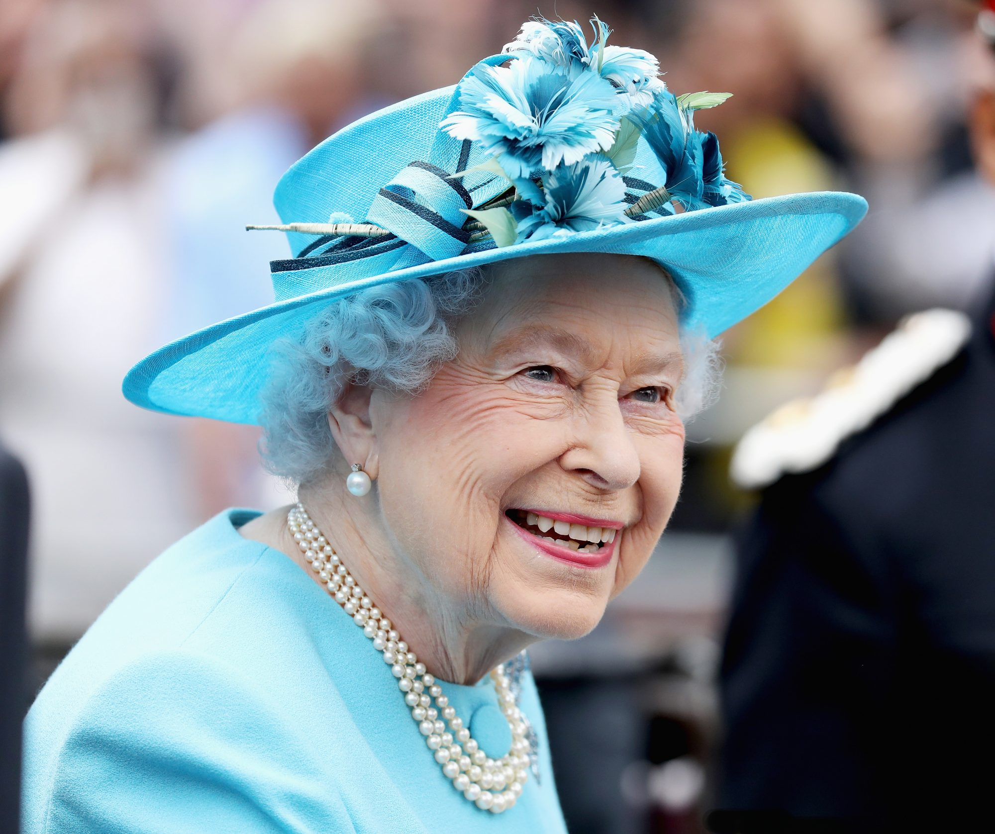 This Is What Queen Elizabeth Listens to on Her Two iPods