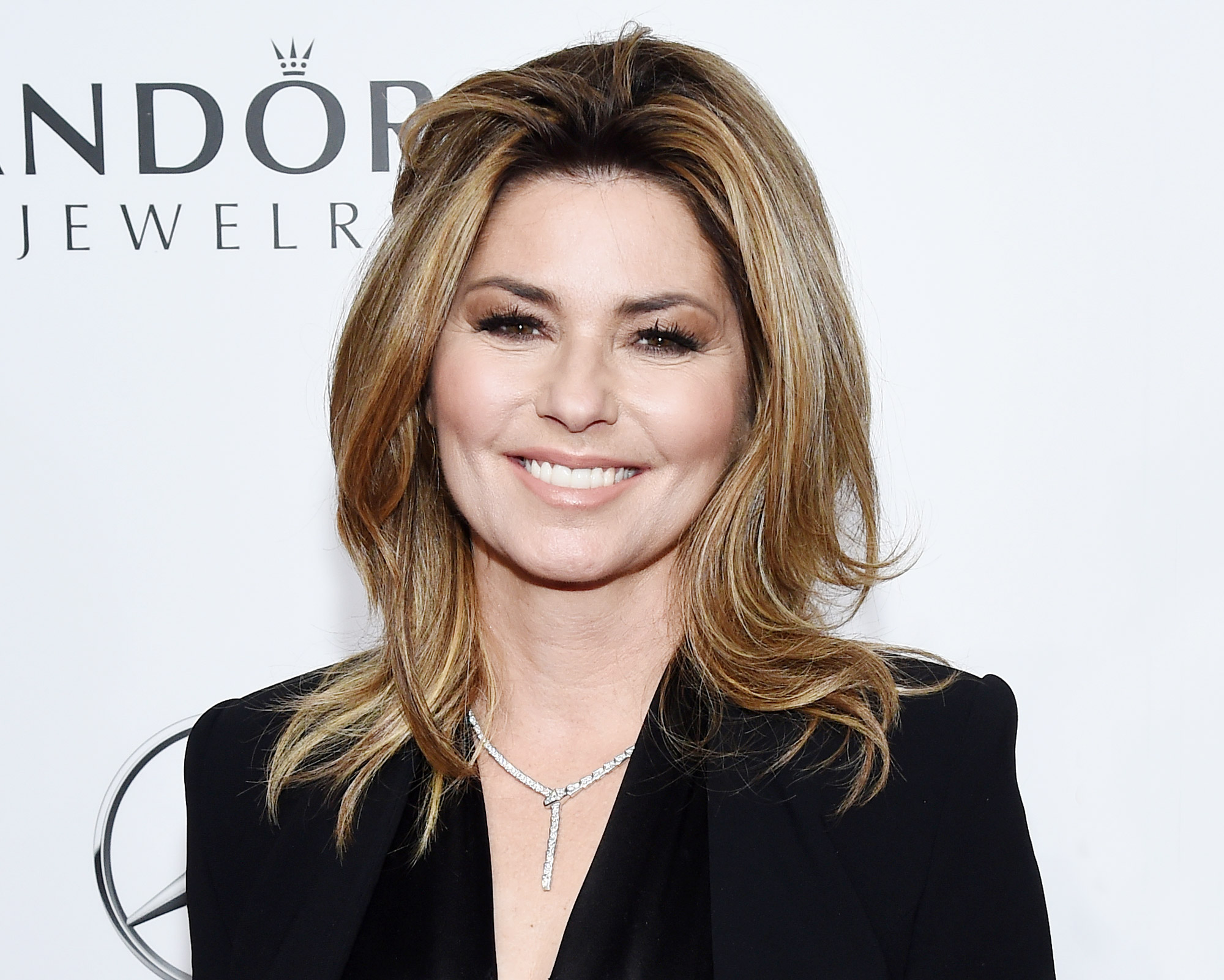 Shania Twain's Beauty Transformation Is Just as Epic as Her Biggest Hits