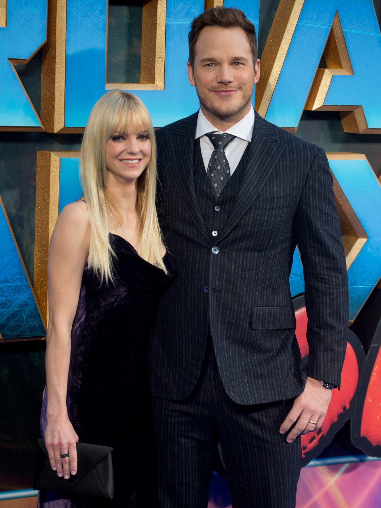 Anna Faris and Chris Pratt - Lead
