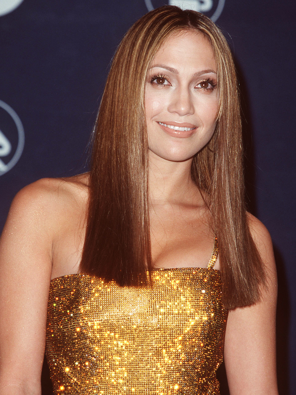 <p>1999: Sleek & Straight </p>