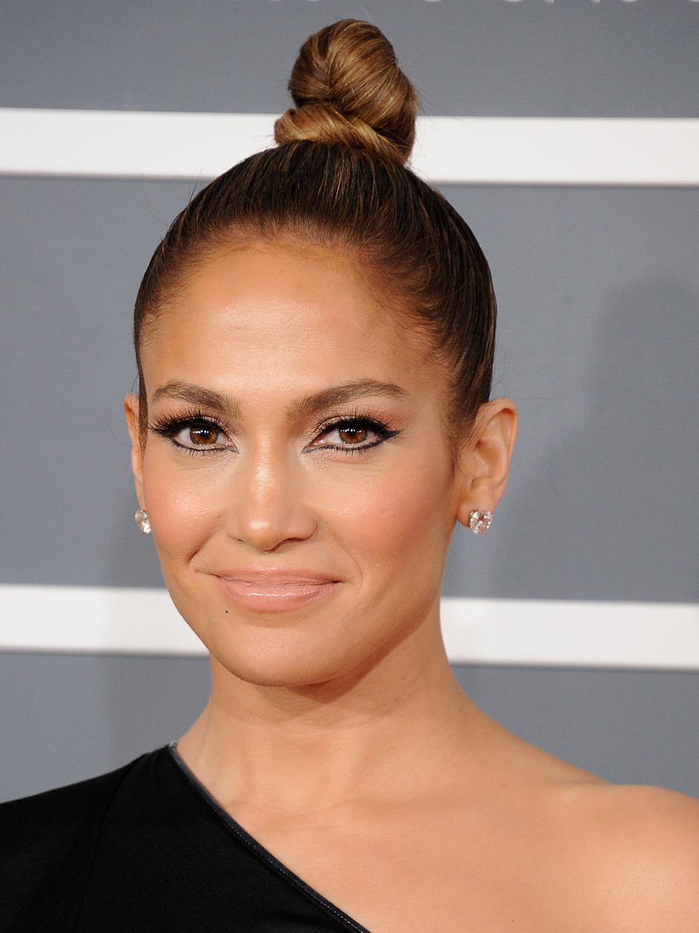 <p>2013: Tight Top Knot </p>