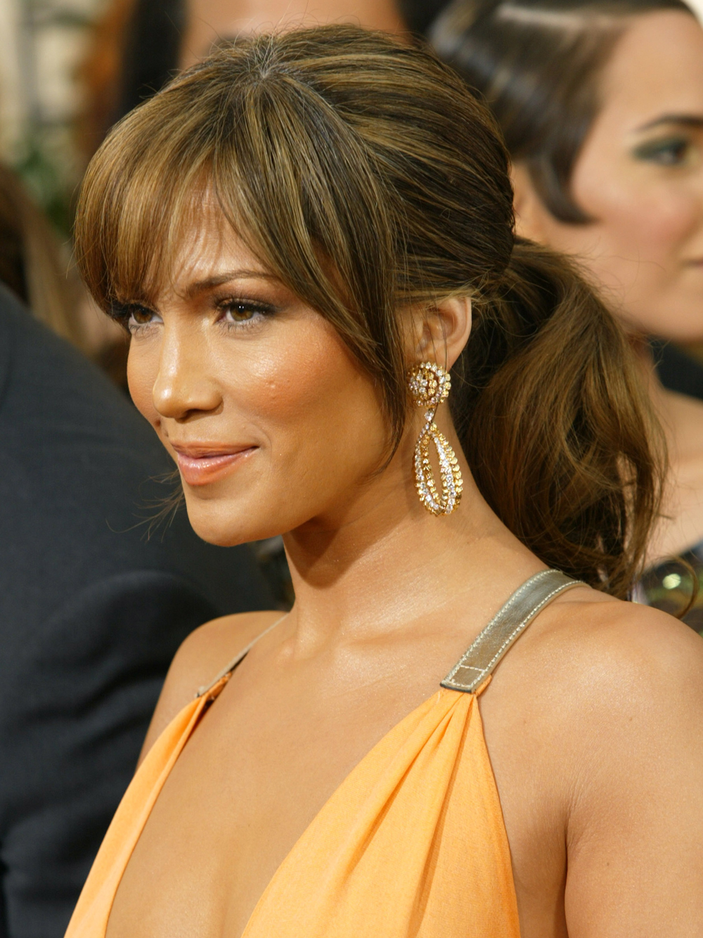 <p>2004: Ponytail With Bangs </p>