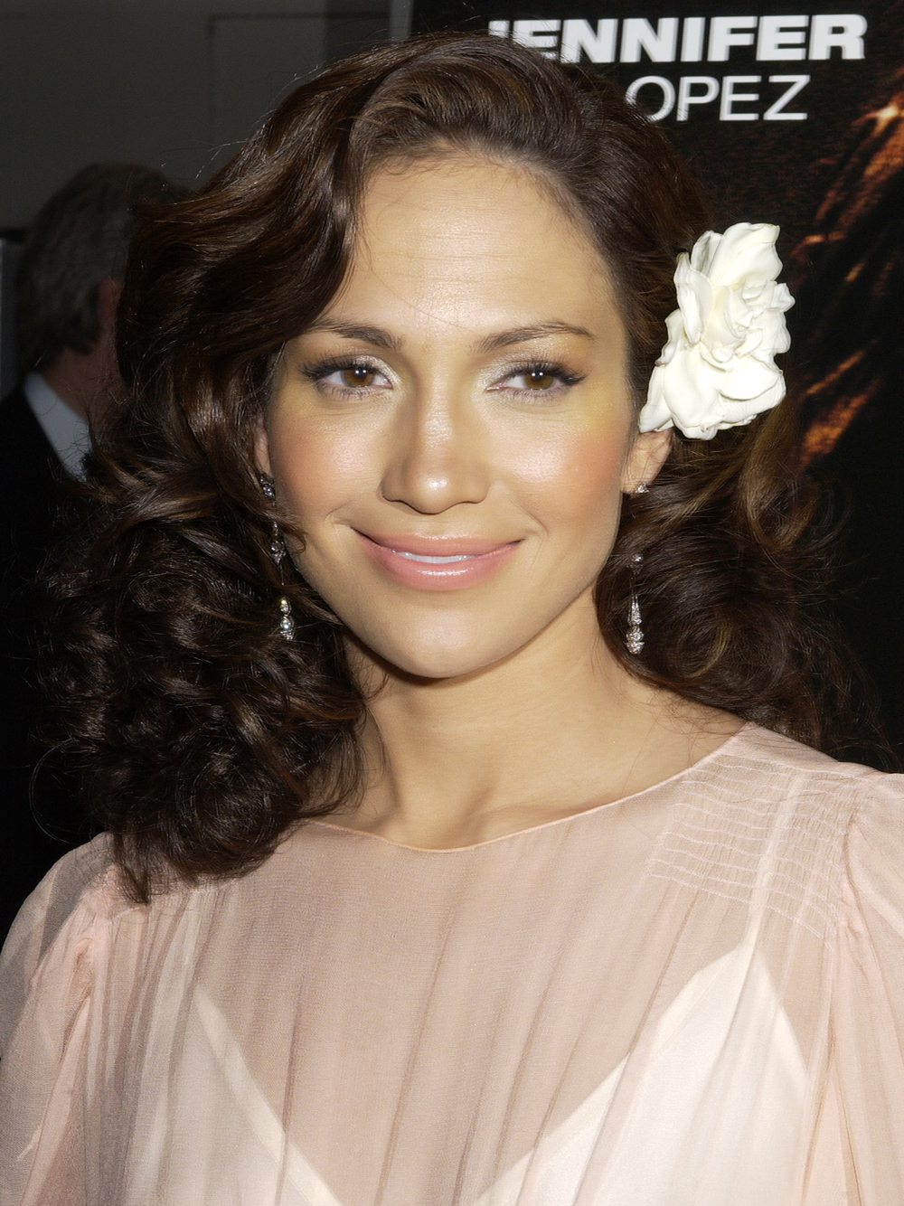 Jennifer Lopez S Most Glamorous Hairstyles Instyle Com