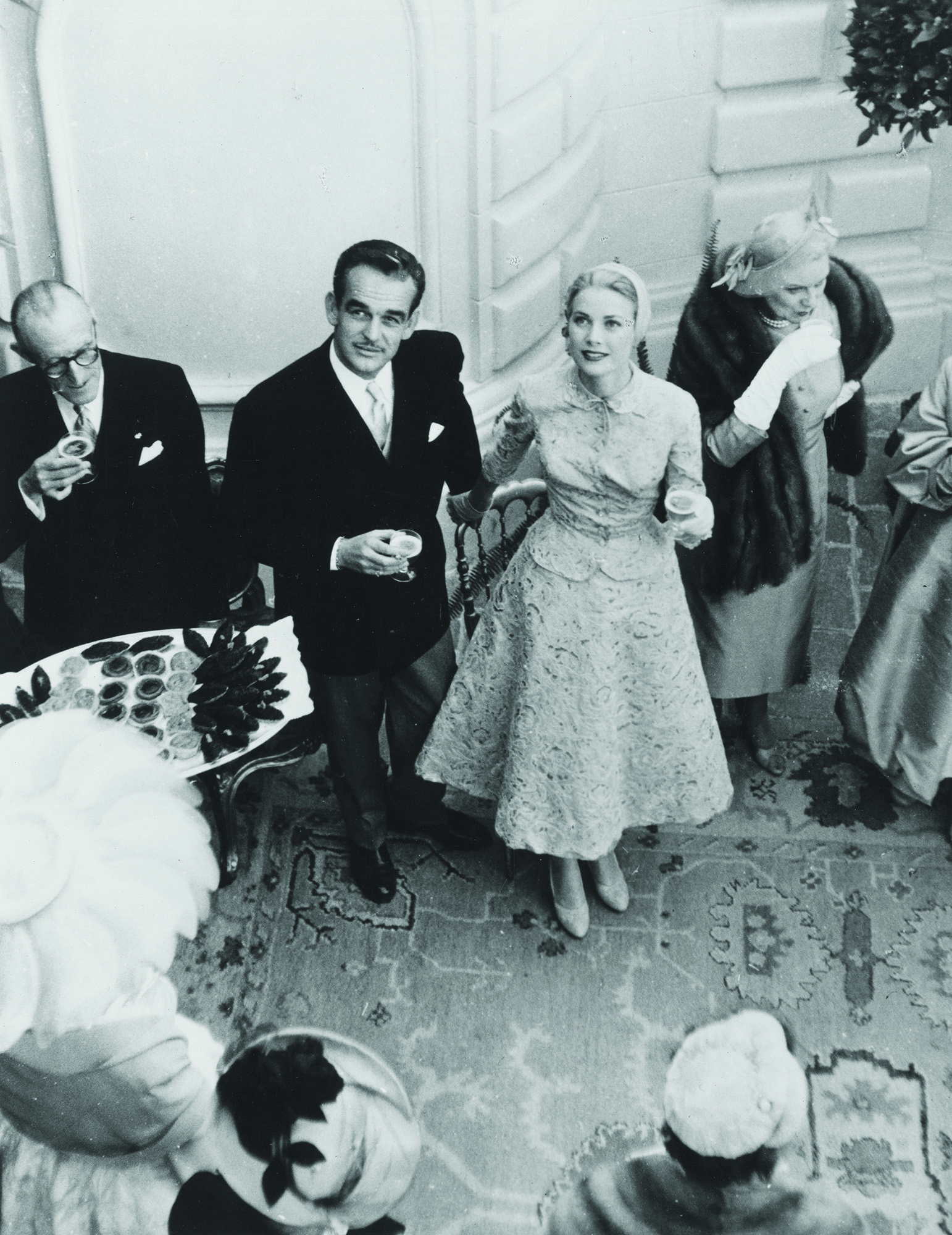 Grace Kelly Got a Prince to Do Her Dishes and We Can't Even Get a Tinder Date