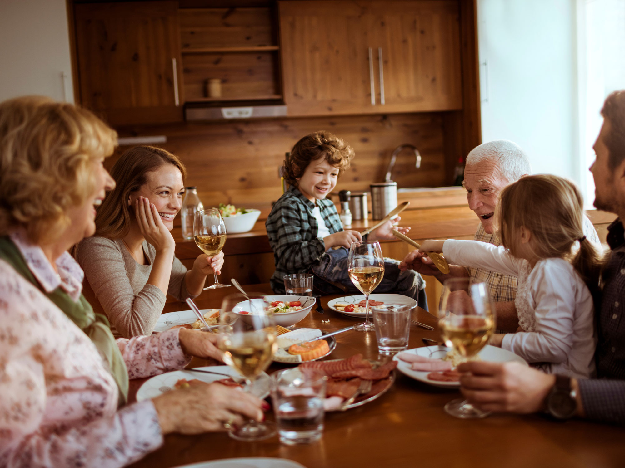52% of Americans Tell the Same Lie to Their Families Every Holiday