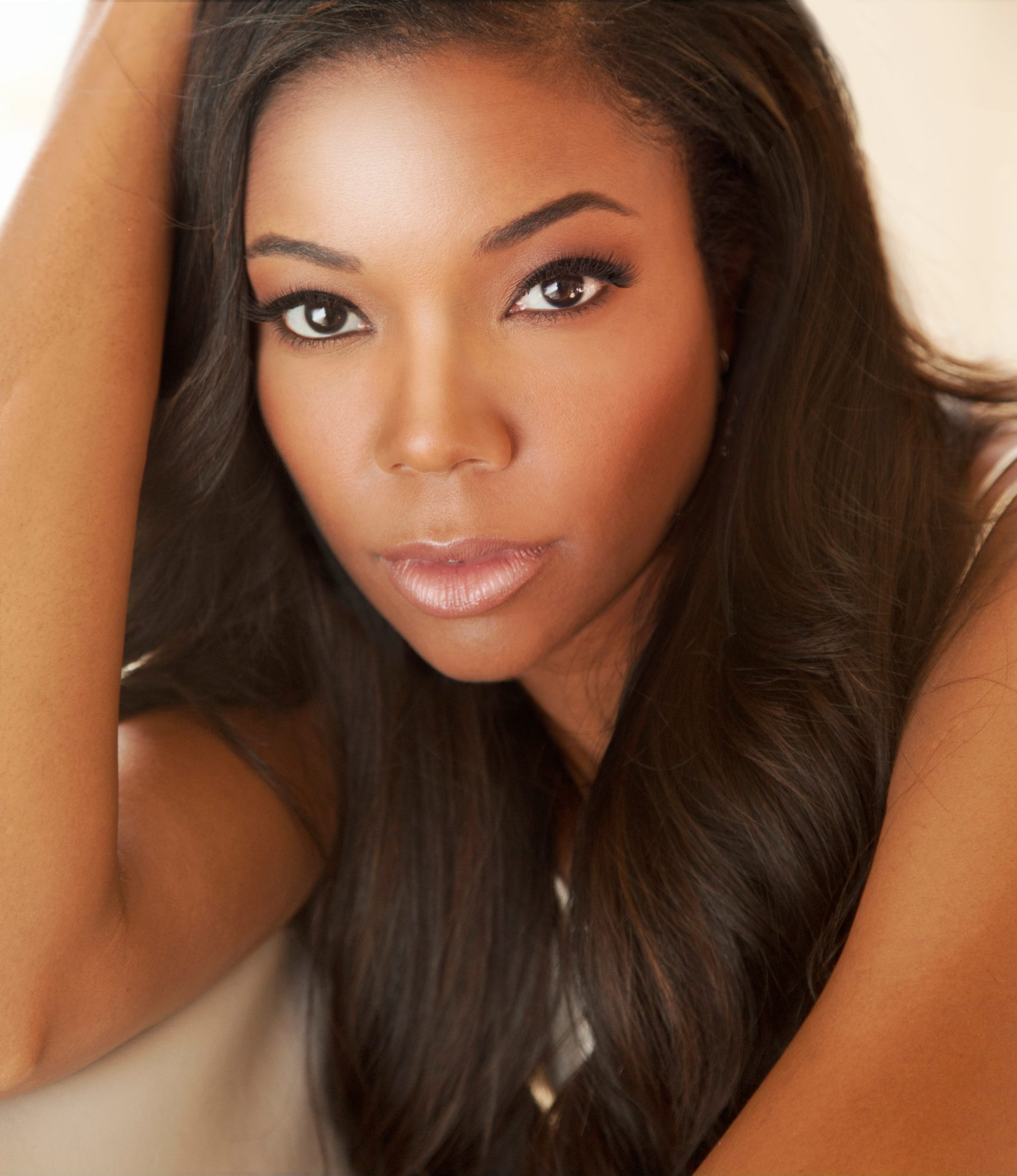 Gabrielle Union Gift Guide Lead