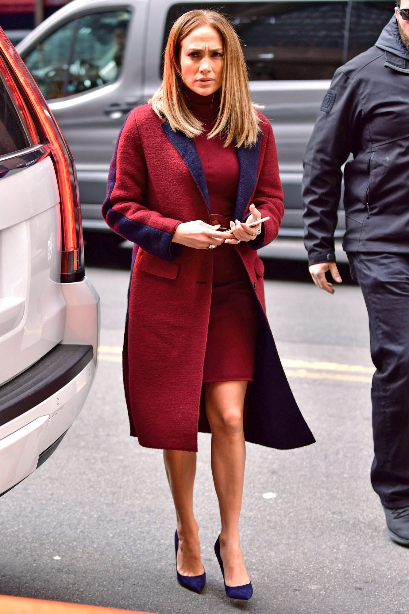 See Jennifer Lopez's Long Bob Haircut | InStyle.com
