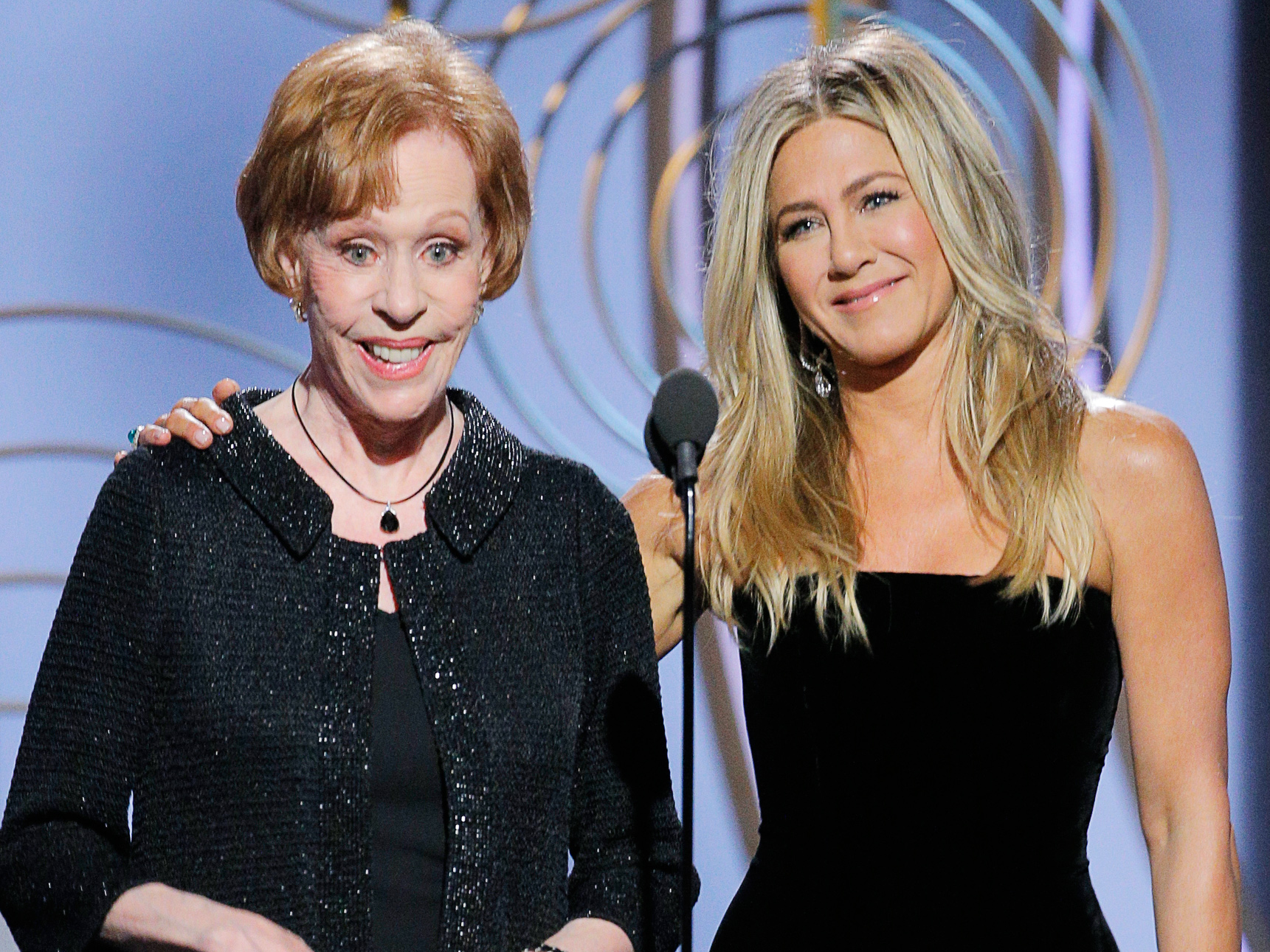 Jennifer Aniston (and Her Phenomenal Hair) Get Hilariously Trolled by Carol Burnett at the Golden Globes