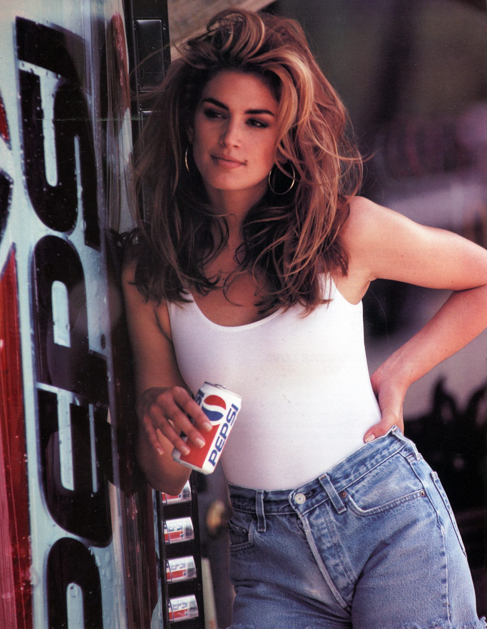 <p>Cindy Crawford</p>