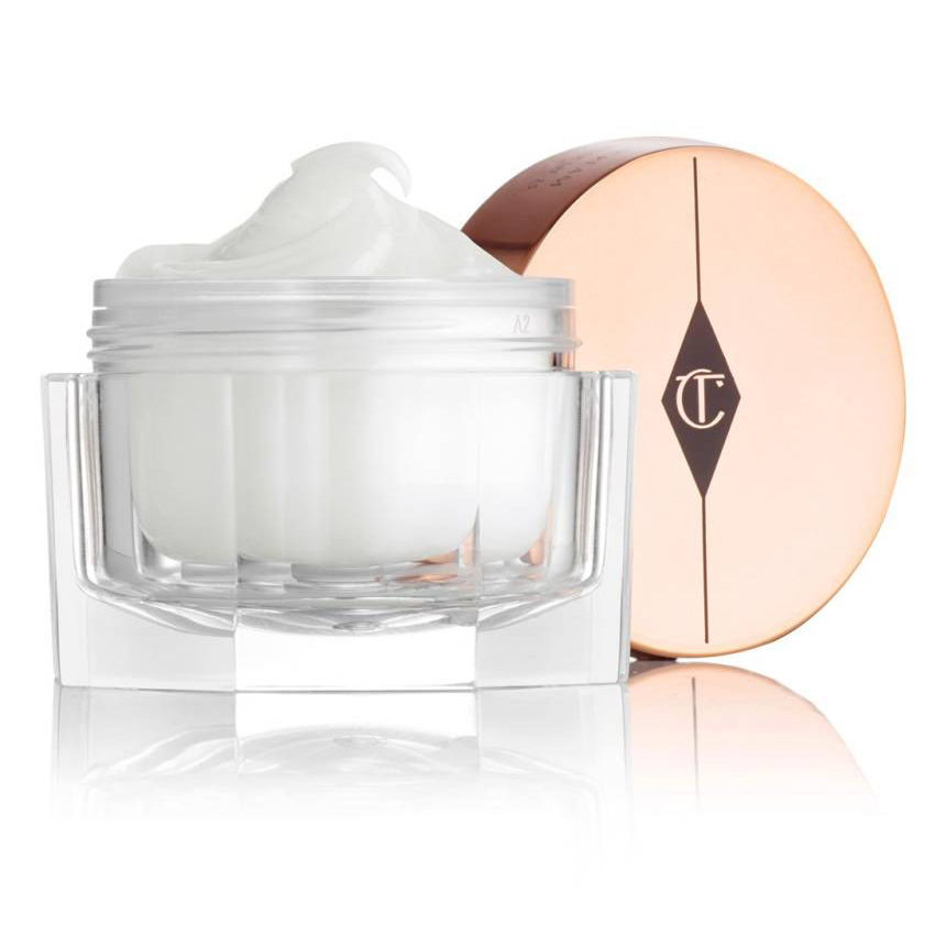 <p>Charlotte Tilbury The Magic Cream Treat & Transform Moisturizer </p>