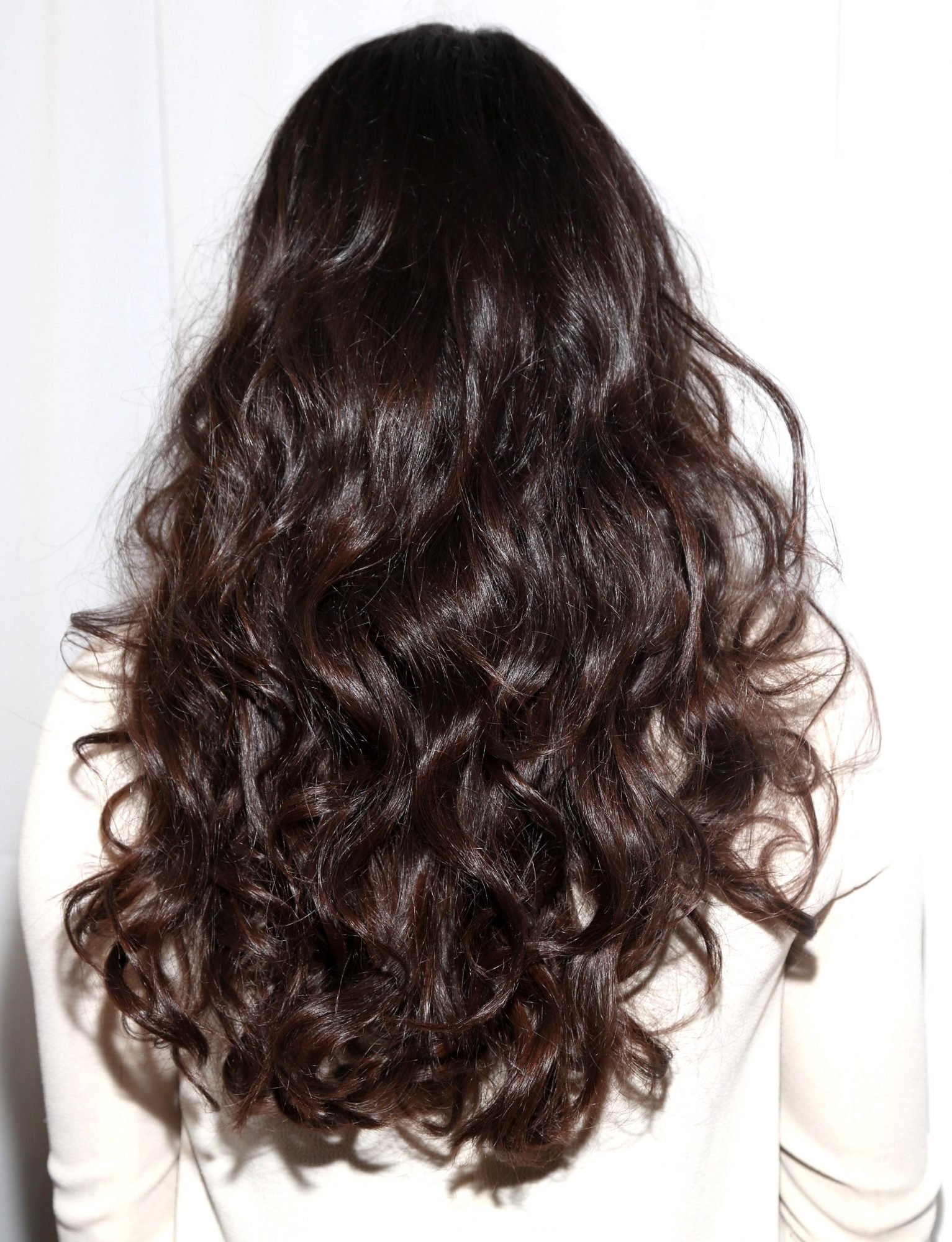 Than to clarify hair I want to lighten the tips of my hair. Can I lighten up at home. If it is possible, then what