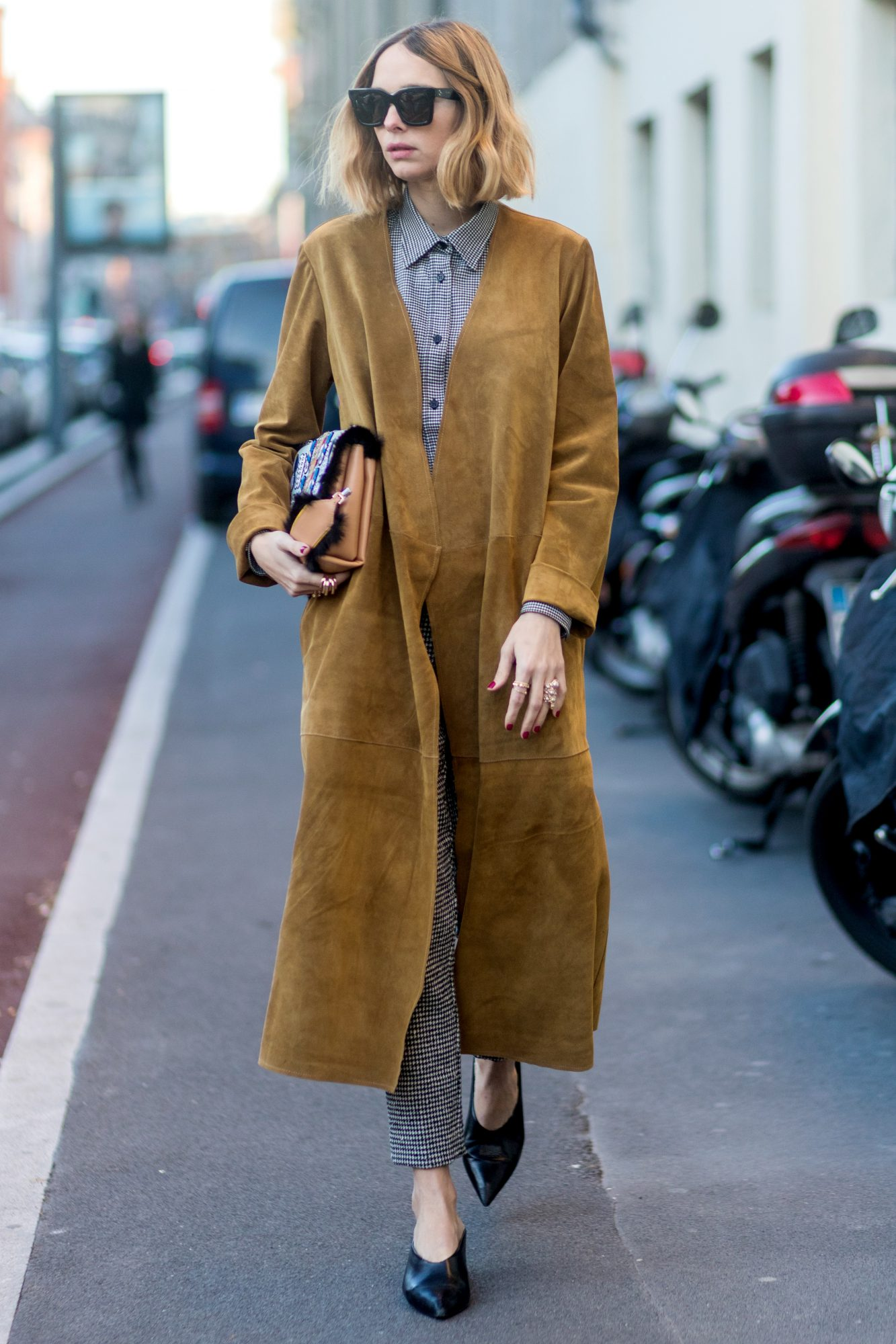 <p>You Can't Wear Suede in Winter</p>