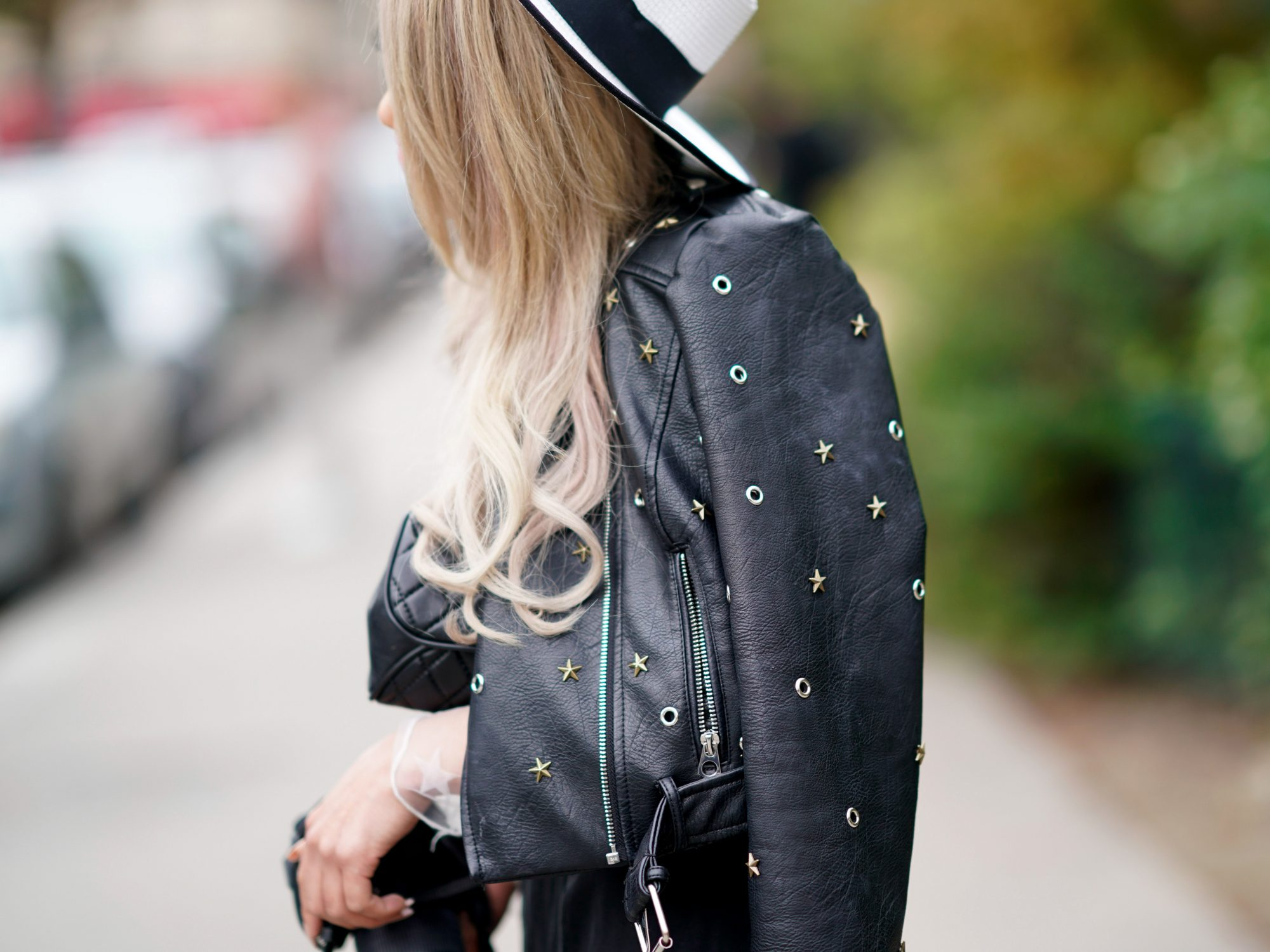 <p>Don't Wear Leather in the Summer</p>
