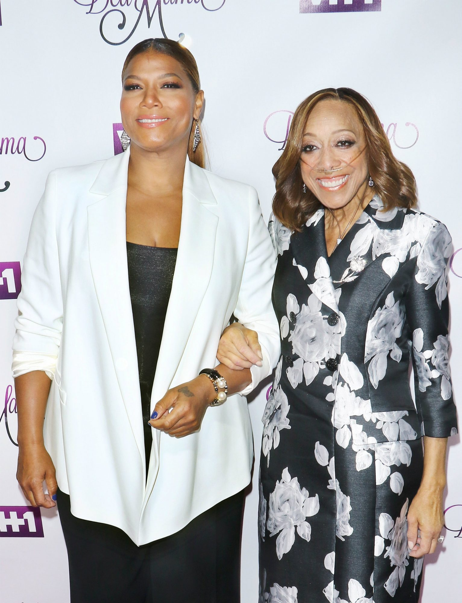Queen Latifah and Mom - Lead