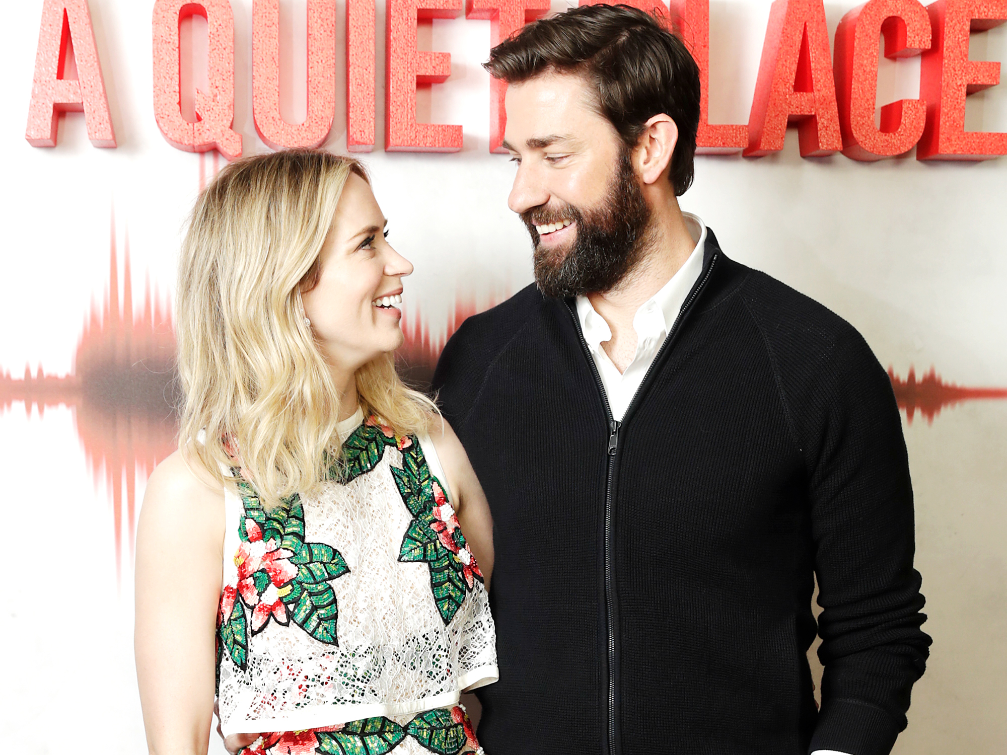 "John Krasinski Joked That He Married Emily Blunt Because He ""Couldn't Get"" Anne Hathaway"