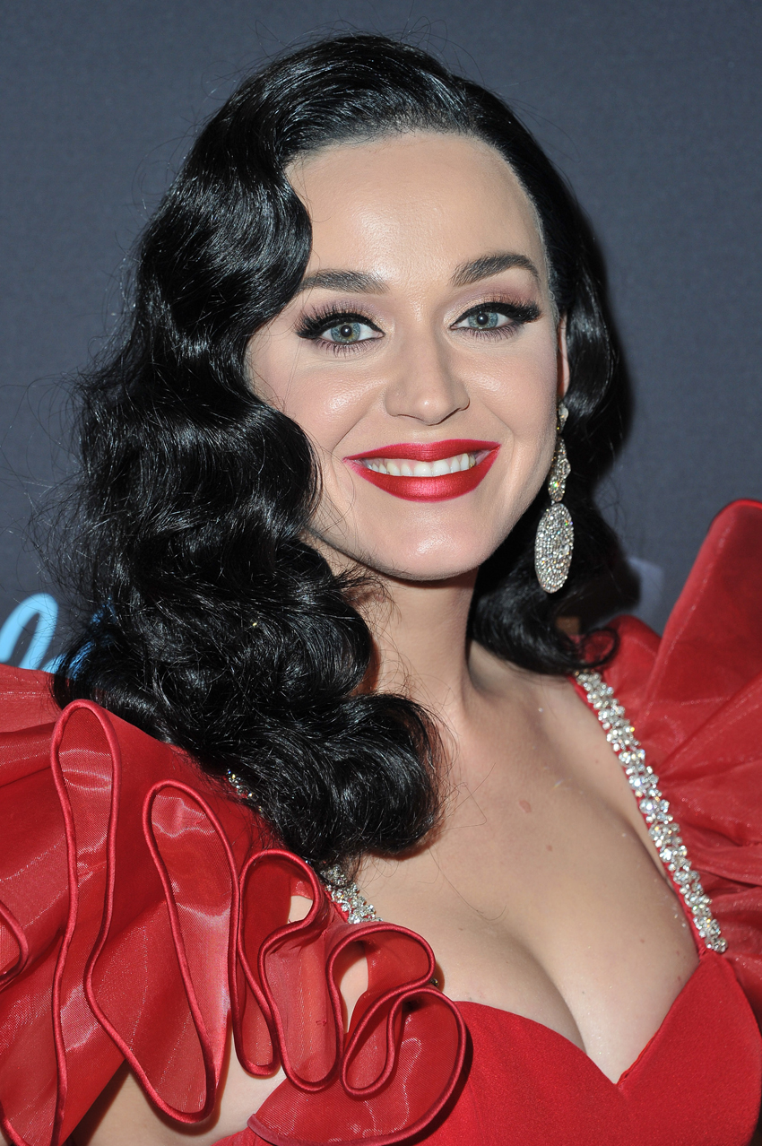 Katy Perry Hair - Embed