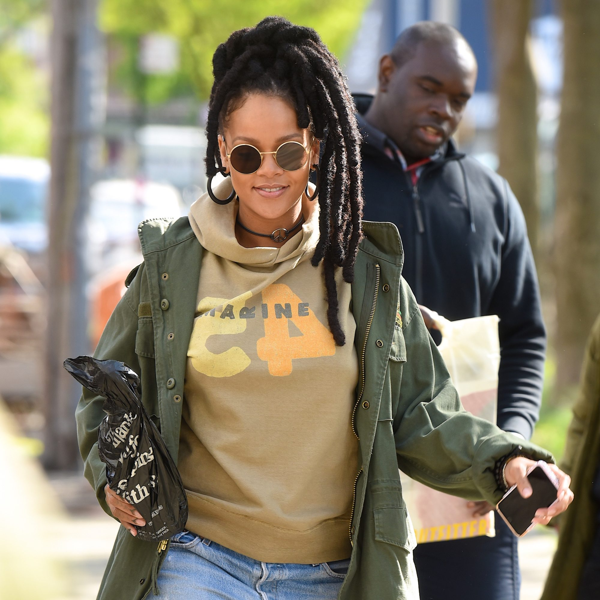 Rihanna's <em>Ocean's 8</em> Locs Hairstyle Has a Powerful Meaning