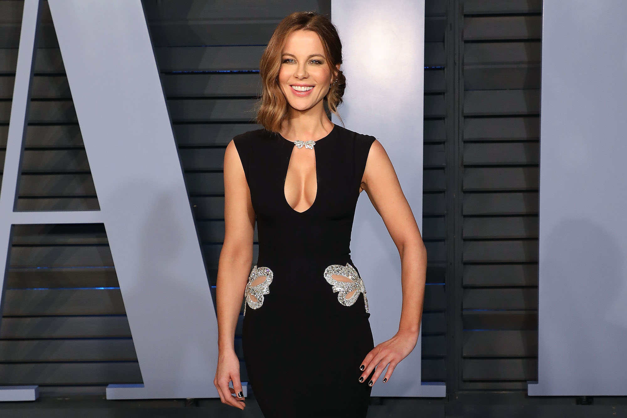 Kate Beckinsale lead